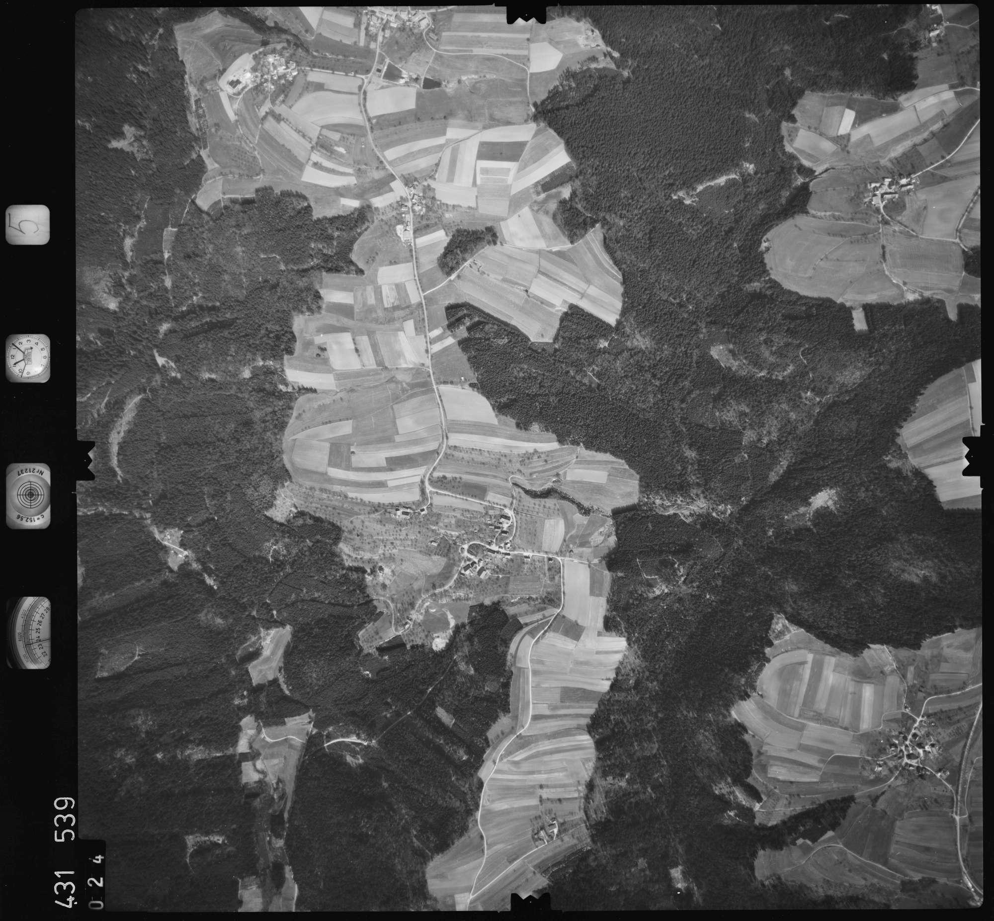 Luftbild: Film 5 Bildnr. 24, Bild 1