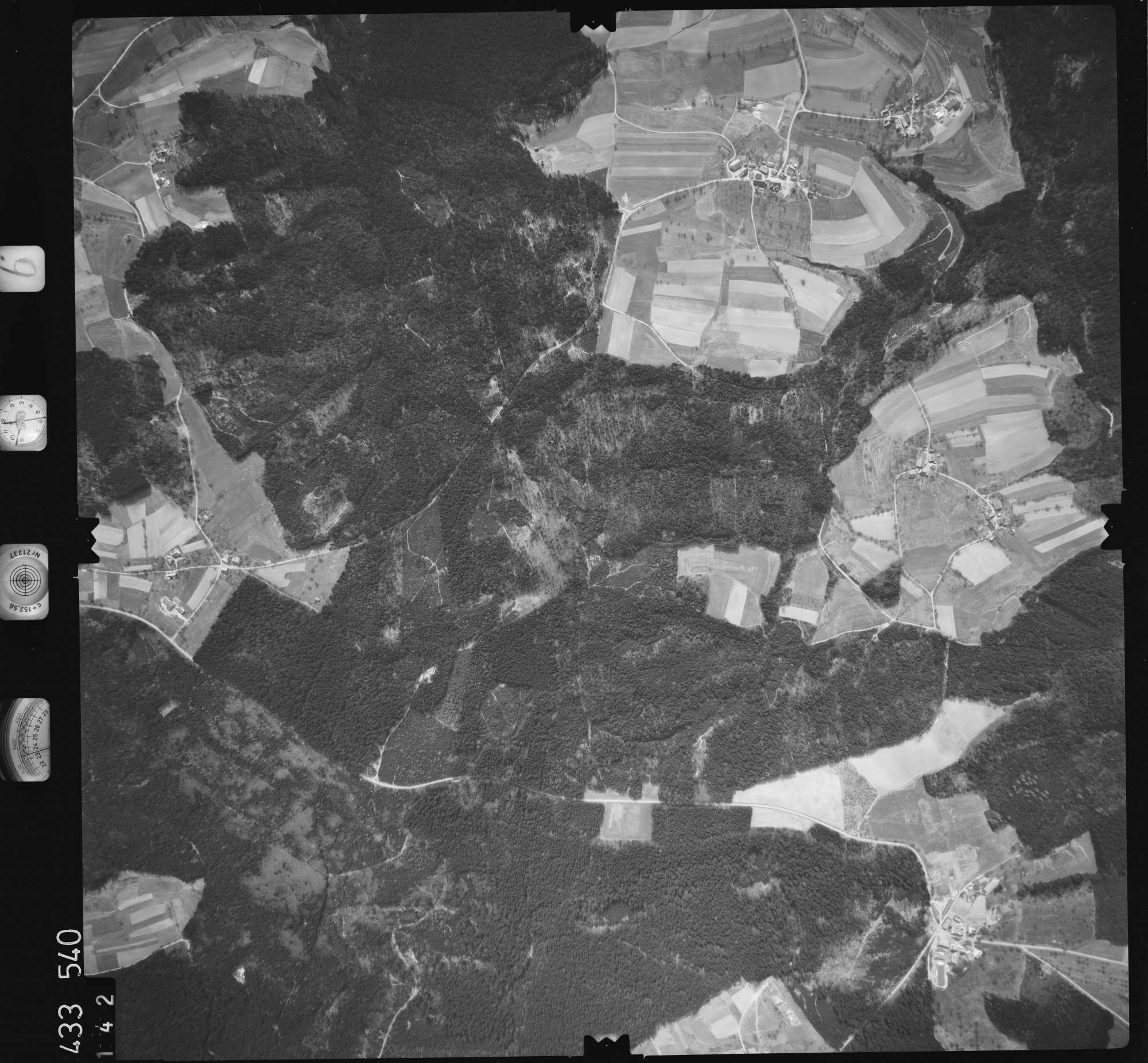 Luftbild: Film 6 Bildnr. 142, Bild 1