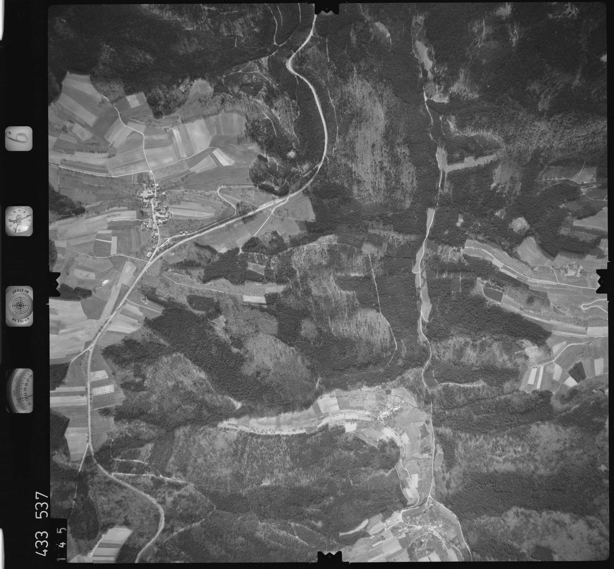 Luftbild: Film 6 Bildnr. 145, Bild 1