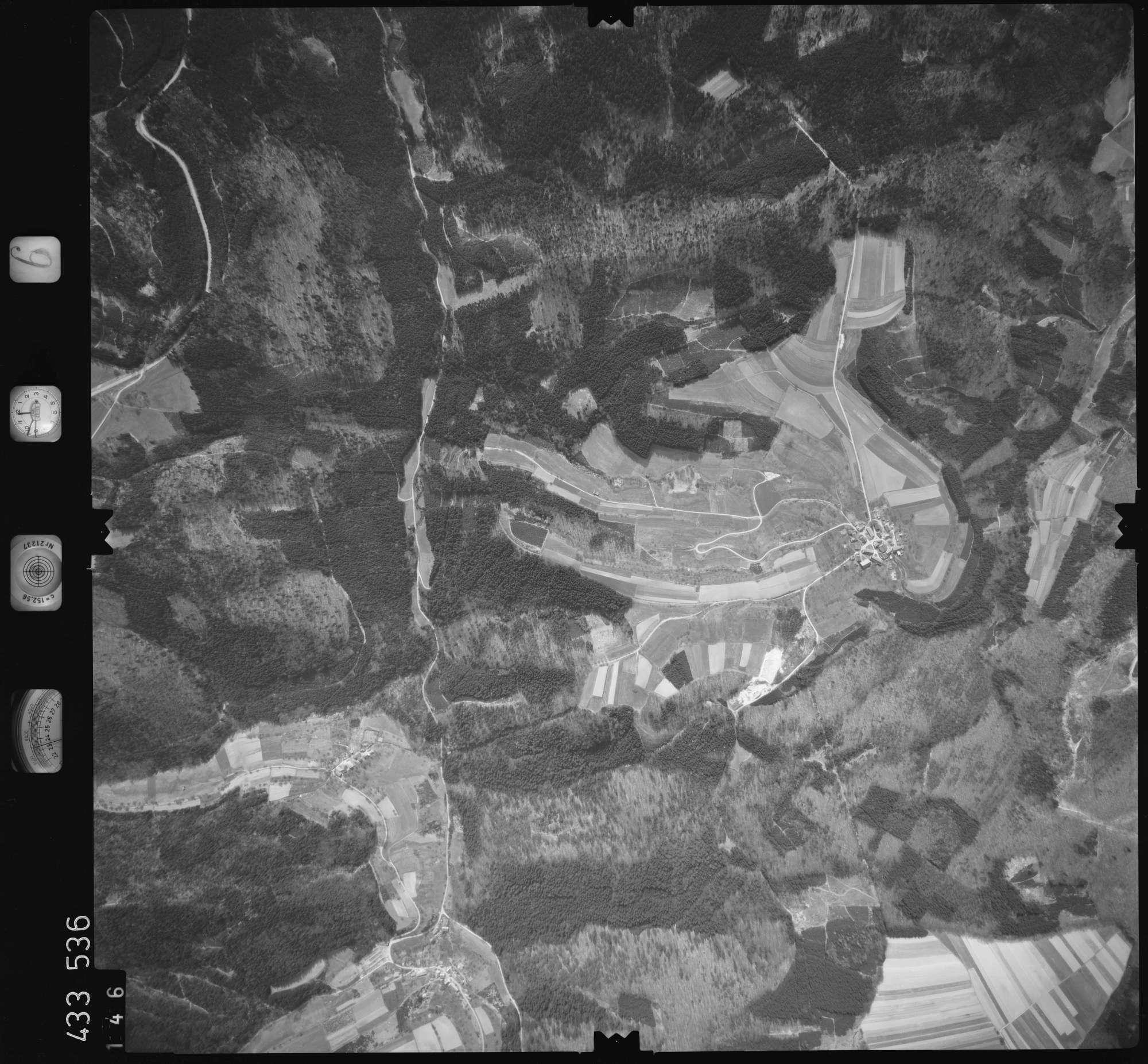 Luftbild: Film 6 Bildnr. 146, Bild 1