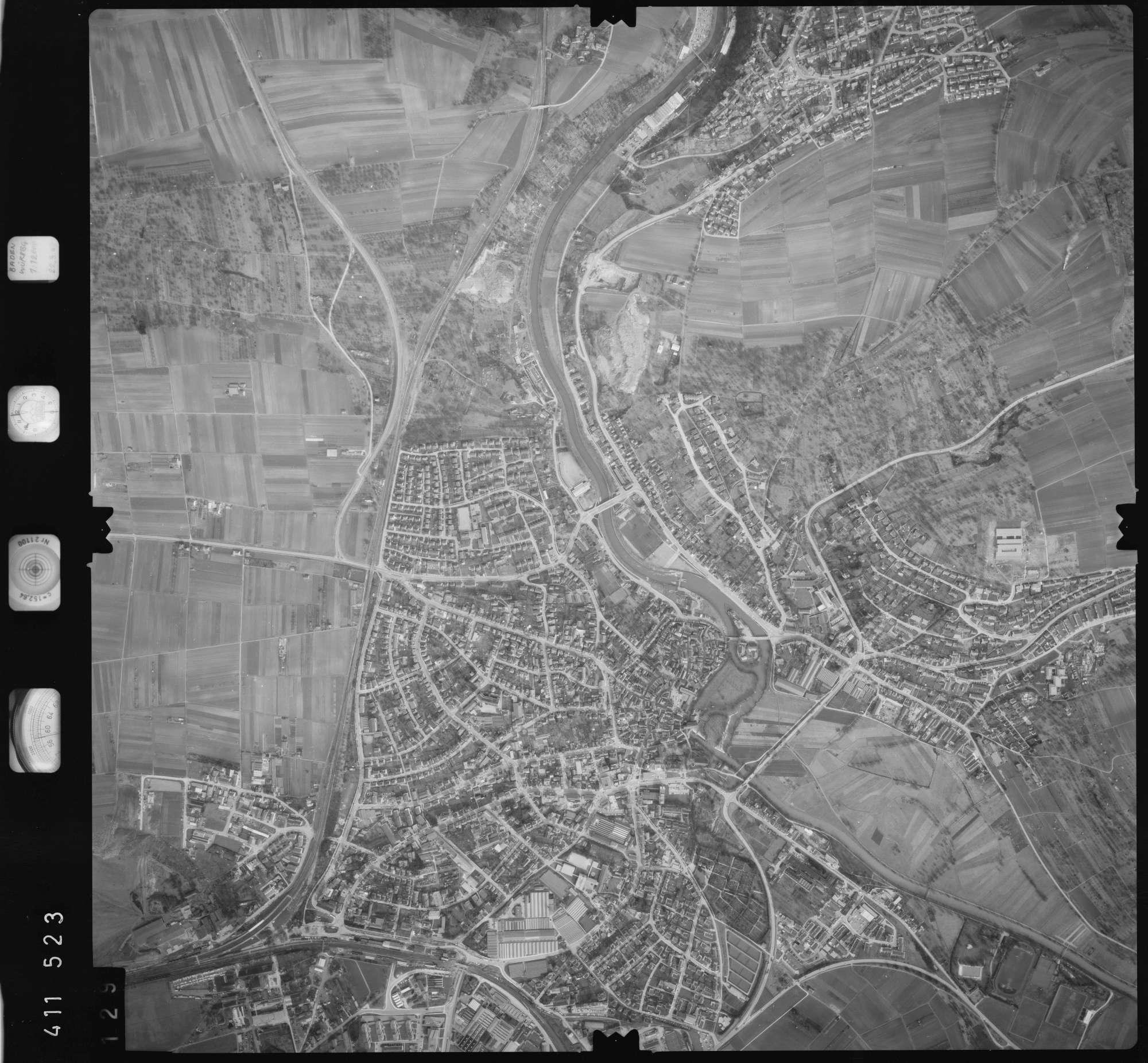 Luftbild: Film 5 Bildnr. 129, Bild 1