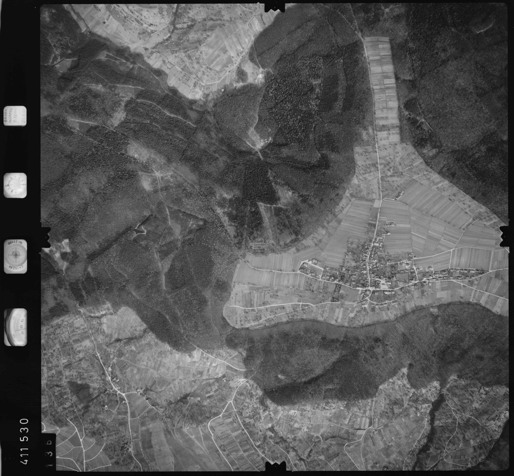 Luftbild: Film 5 Bildnr. 136, Bild 1