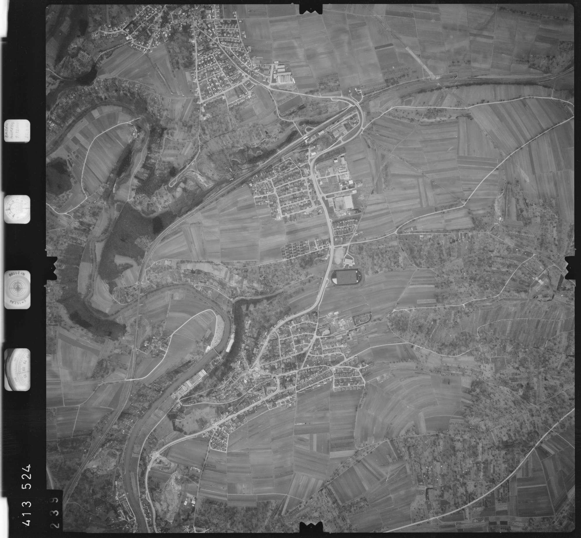 Luftbild: Film 5 Bildnr. 239, Bild 1
