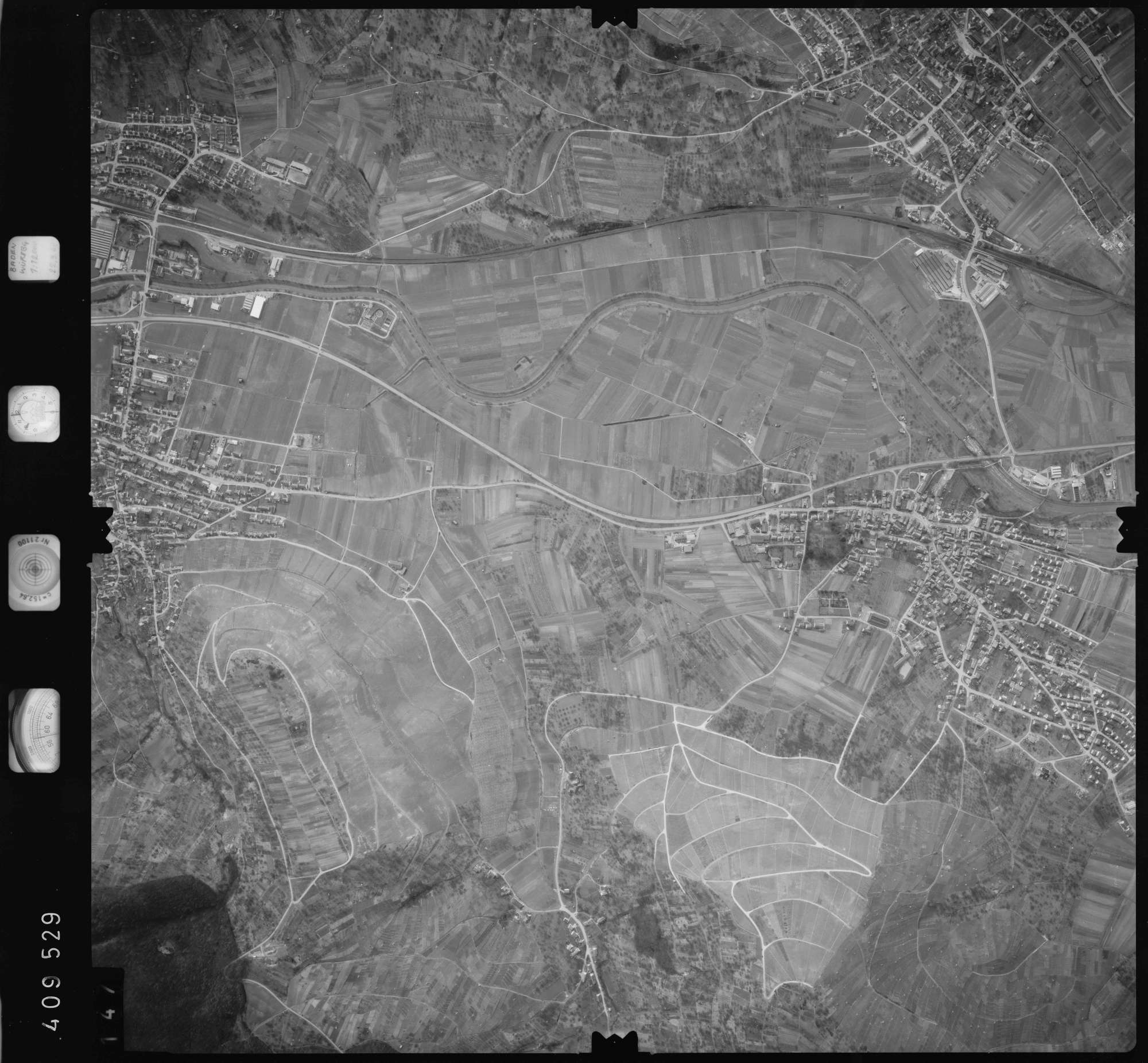 Luftbild: Film 5 Bildnr. 147, Bild 1