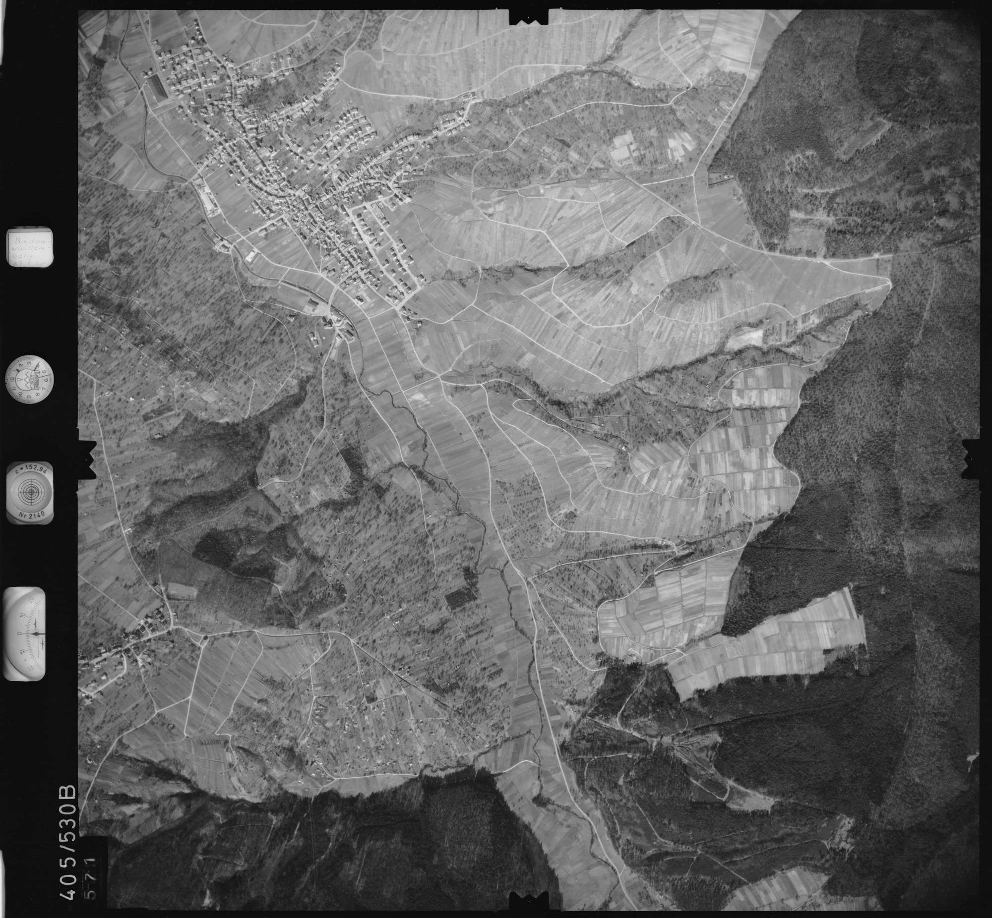 Luftbild: Film 10 Bildnr. 571, Bild 1