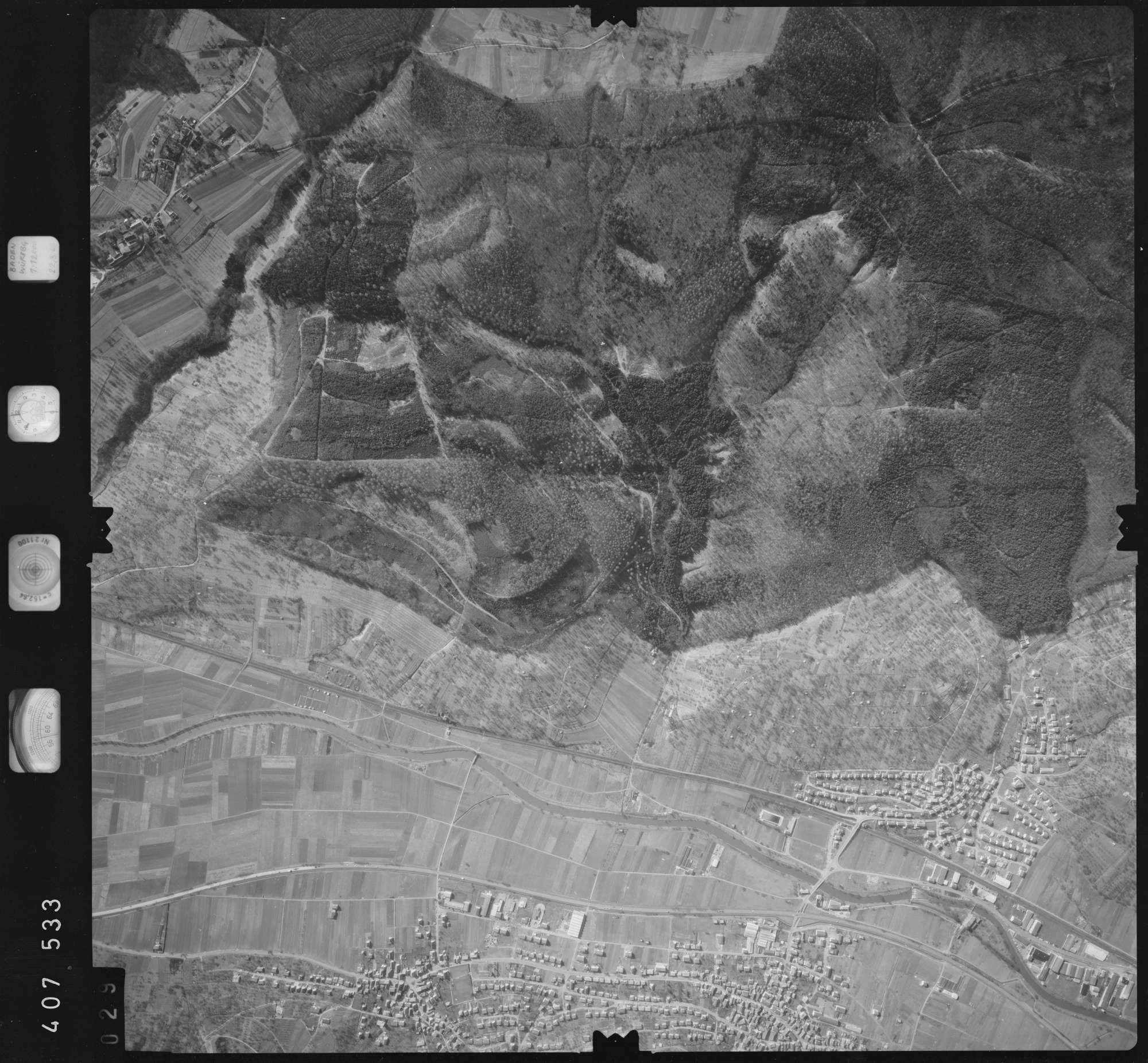 Luftbild: Film 5 Bildnr. 29, Bild 1