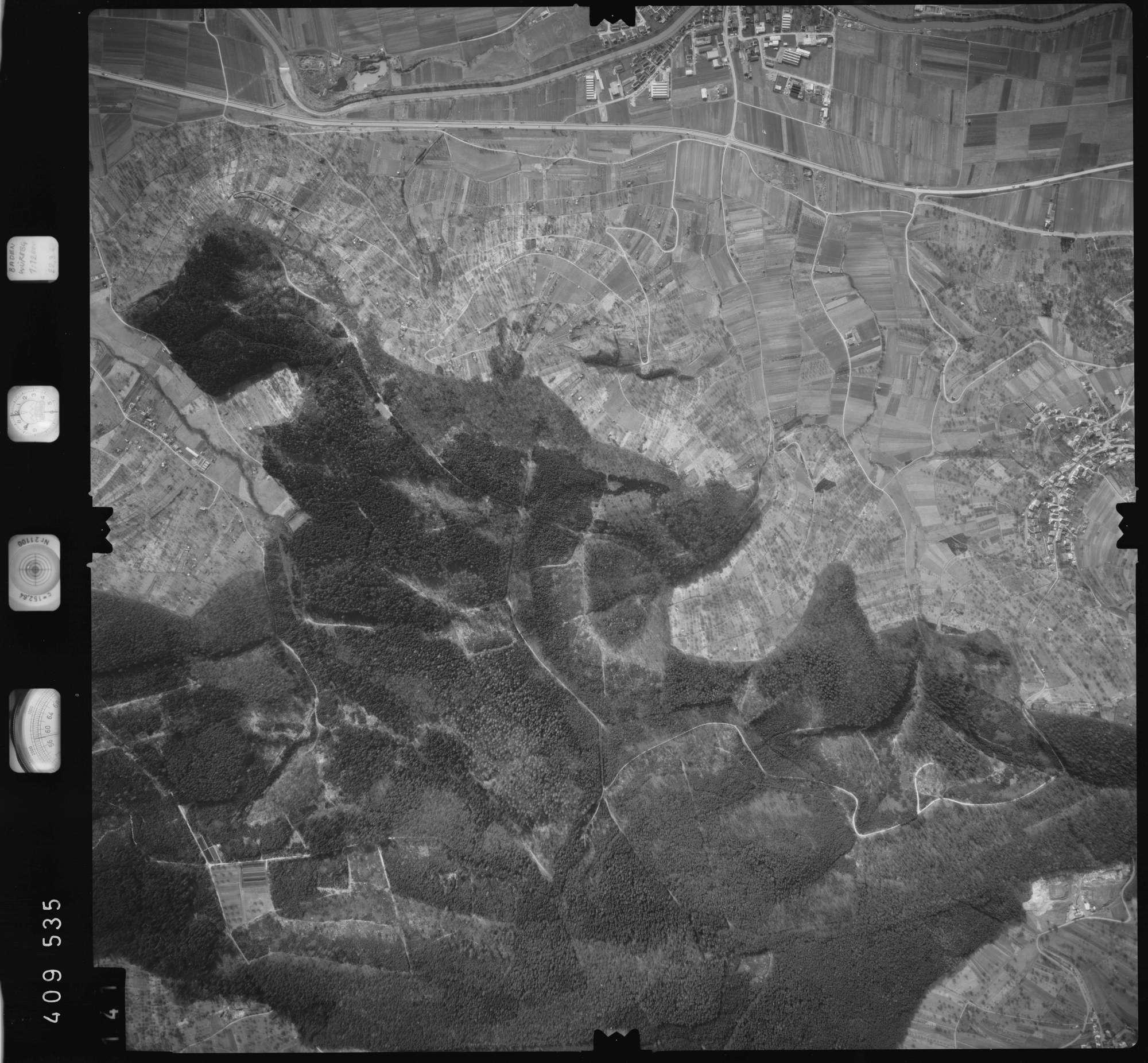 Luftbild: Film 5 Bildnr. 141, Bild 1