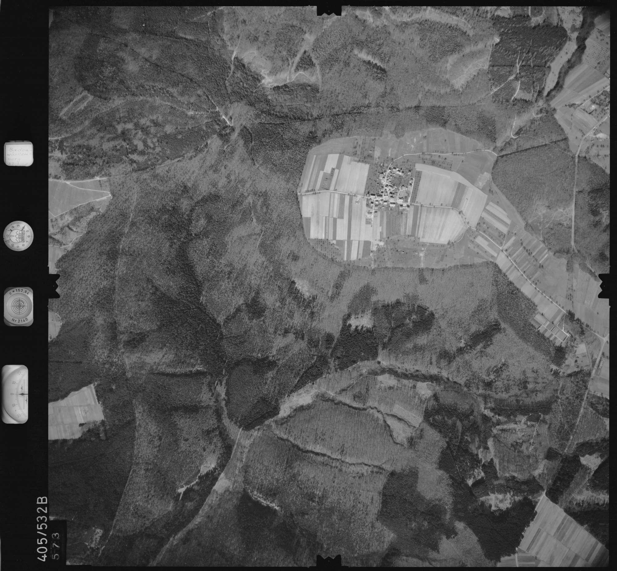 Luftbild: Film 10 Bildnr. 573, Bild 1