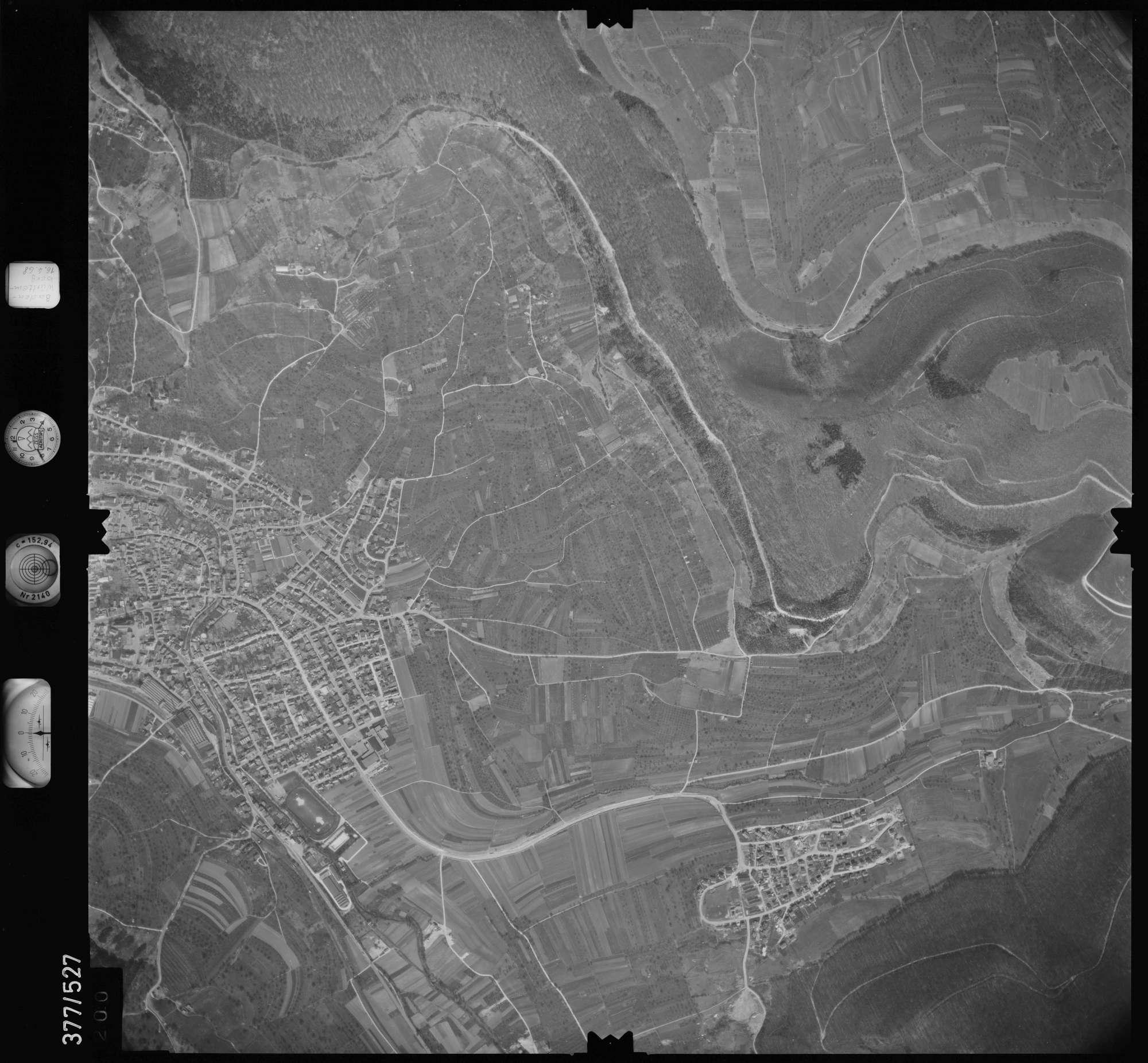 Luftbild: Film 32 Bildnr. 200, Bild 1