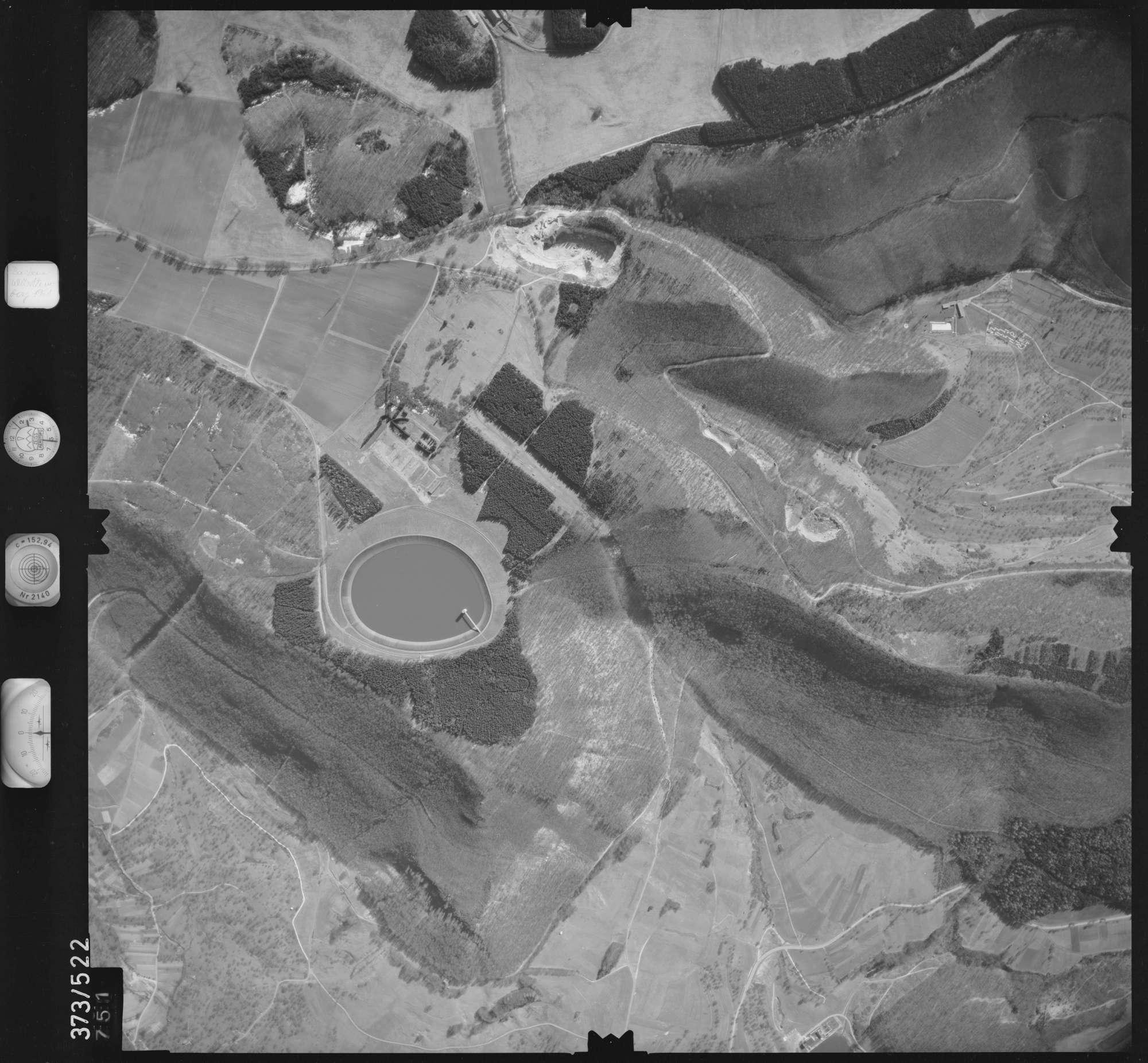 Luftbild: Film 33 Bildnr. 751, Bild 1
