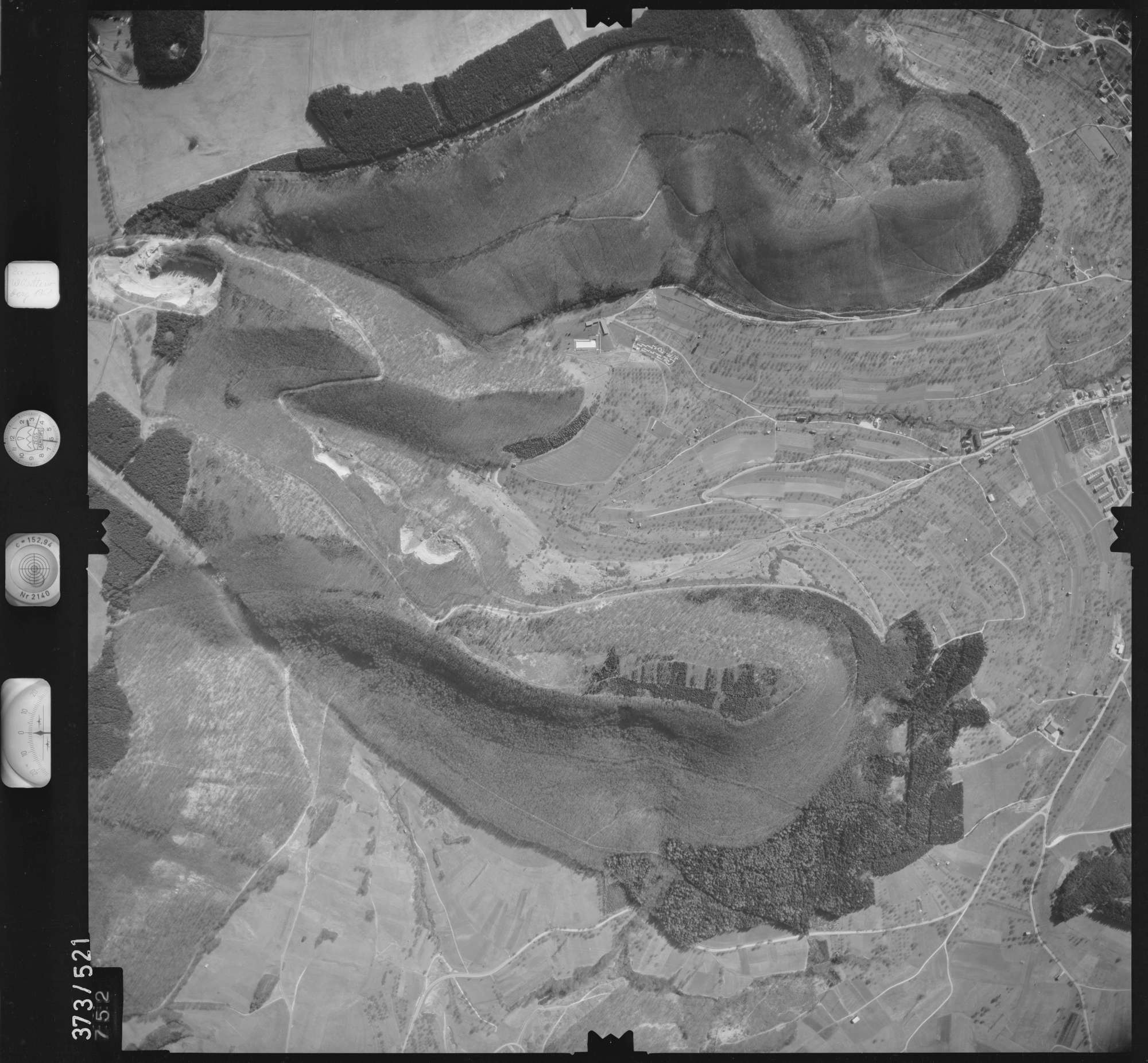 Luftbild: Film 33 Bildnr. 752, Bild 1
