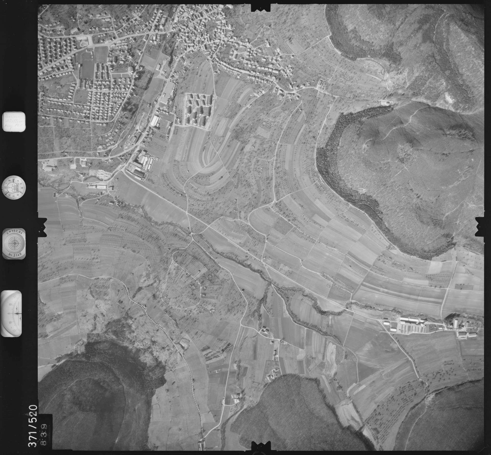 Luftbild: Film 33 Bildnr. 839, Bild 1