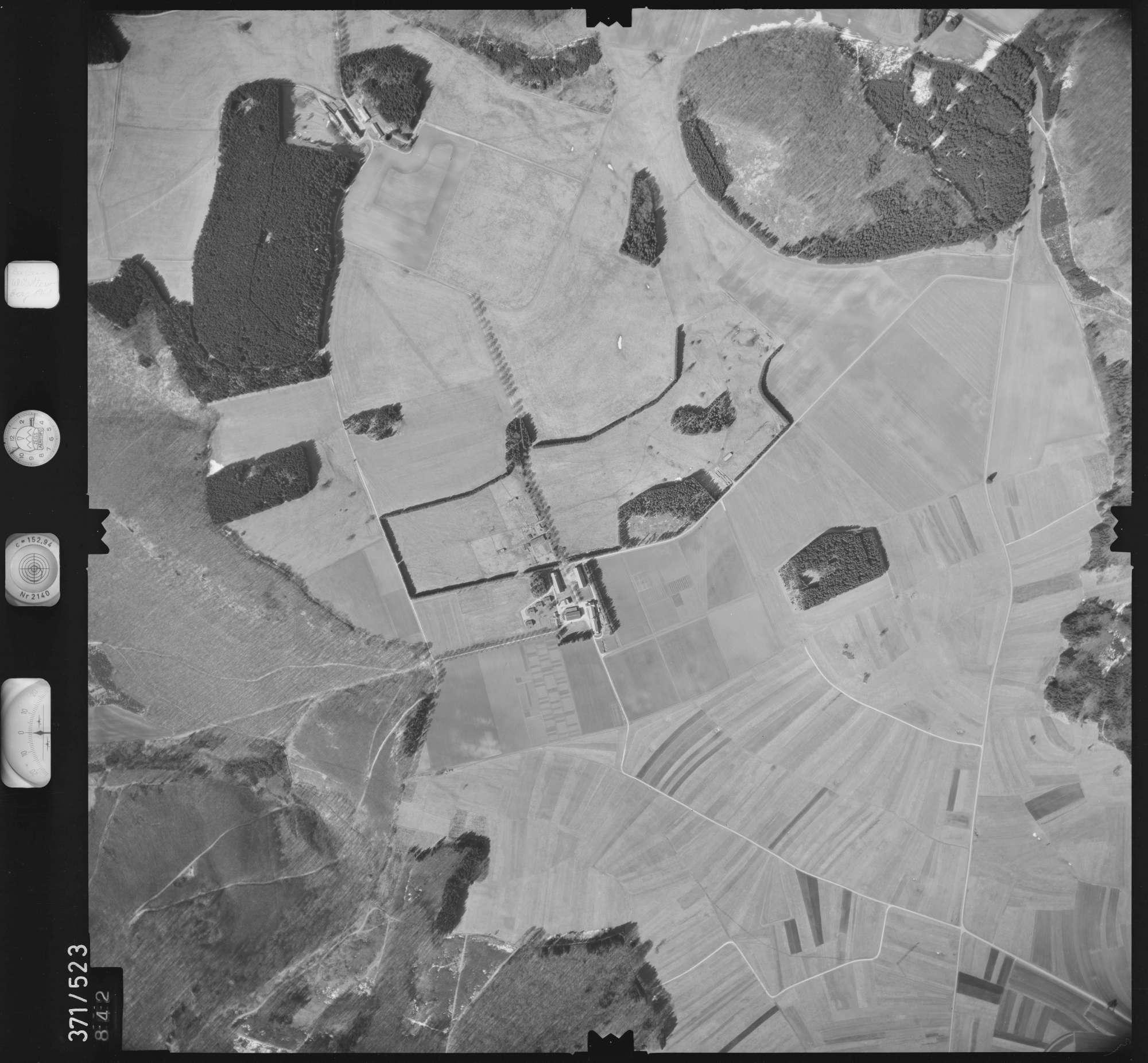 Luftbild: Film 33 Bildnr. 842, Bild 1