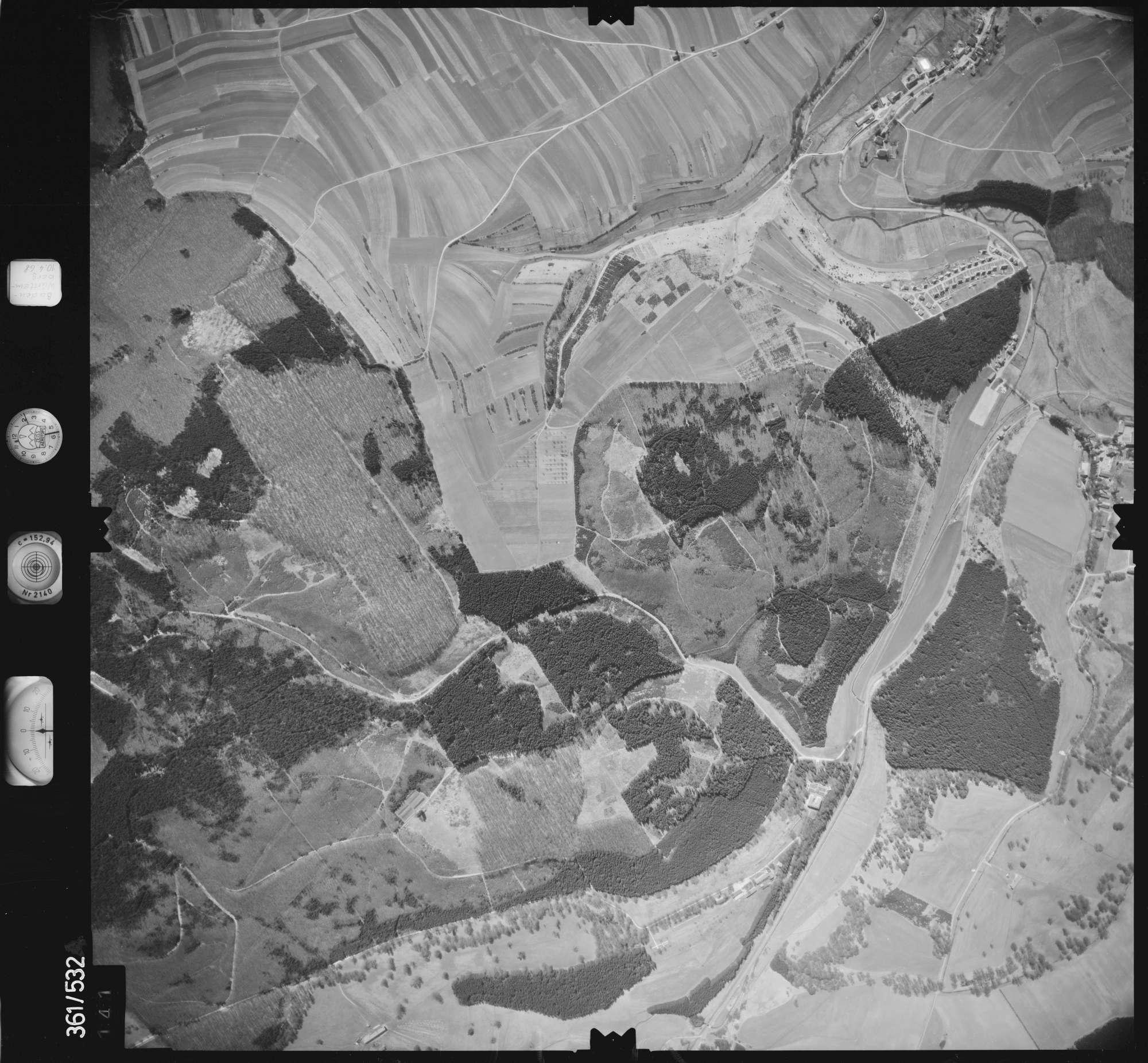 Luftbild: Film 40 Bildnr. 141, Bild 1