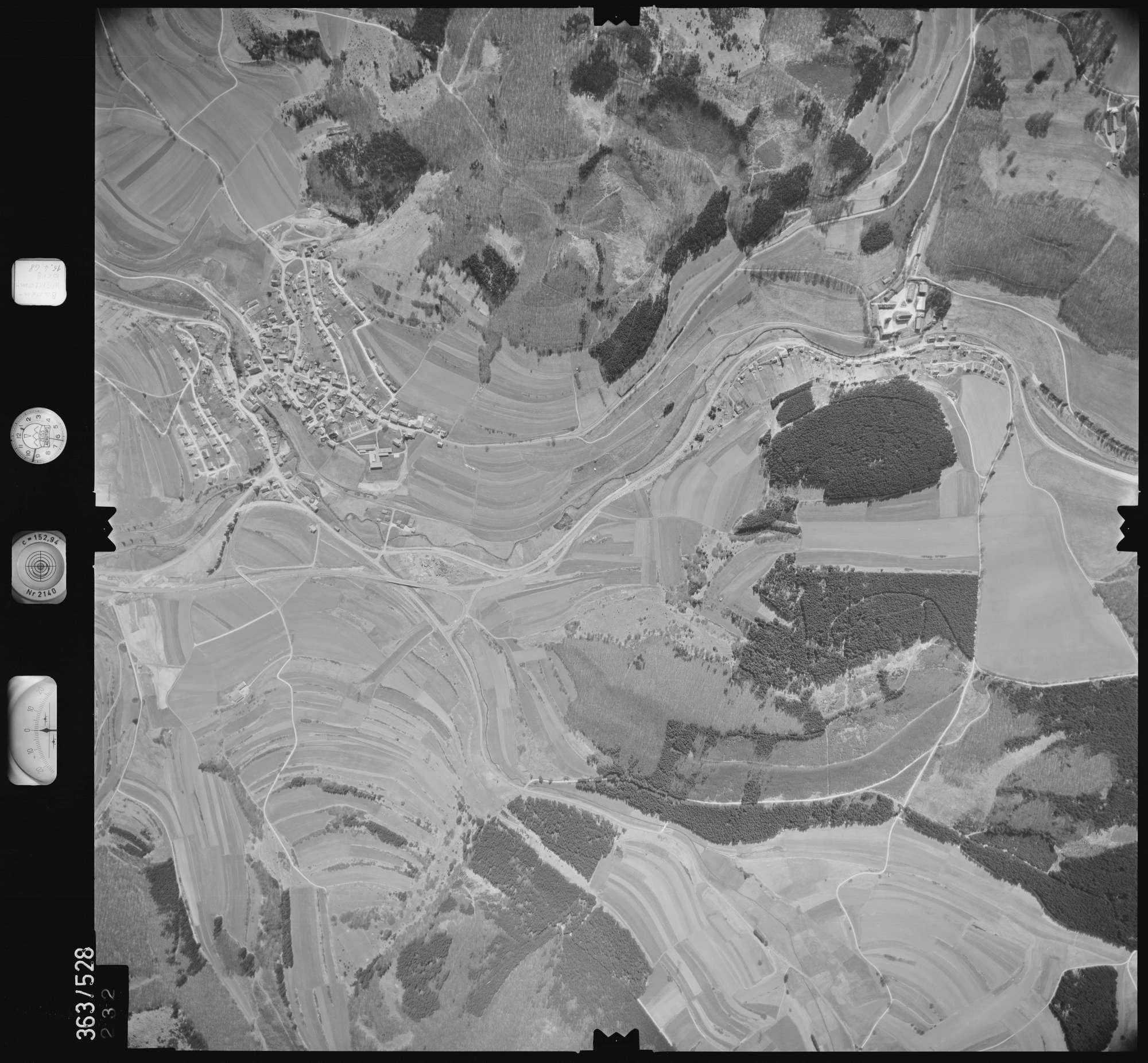 Luftbild: Film 45 Bildnr. 232, Bild 1