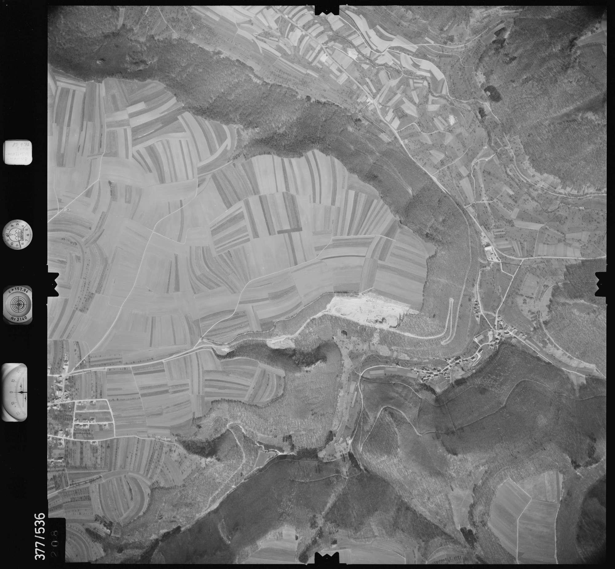 Luftbild: Film 32 Bildnr. 208, Bild 1