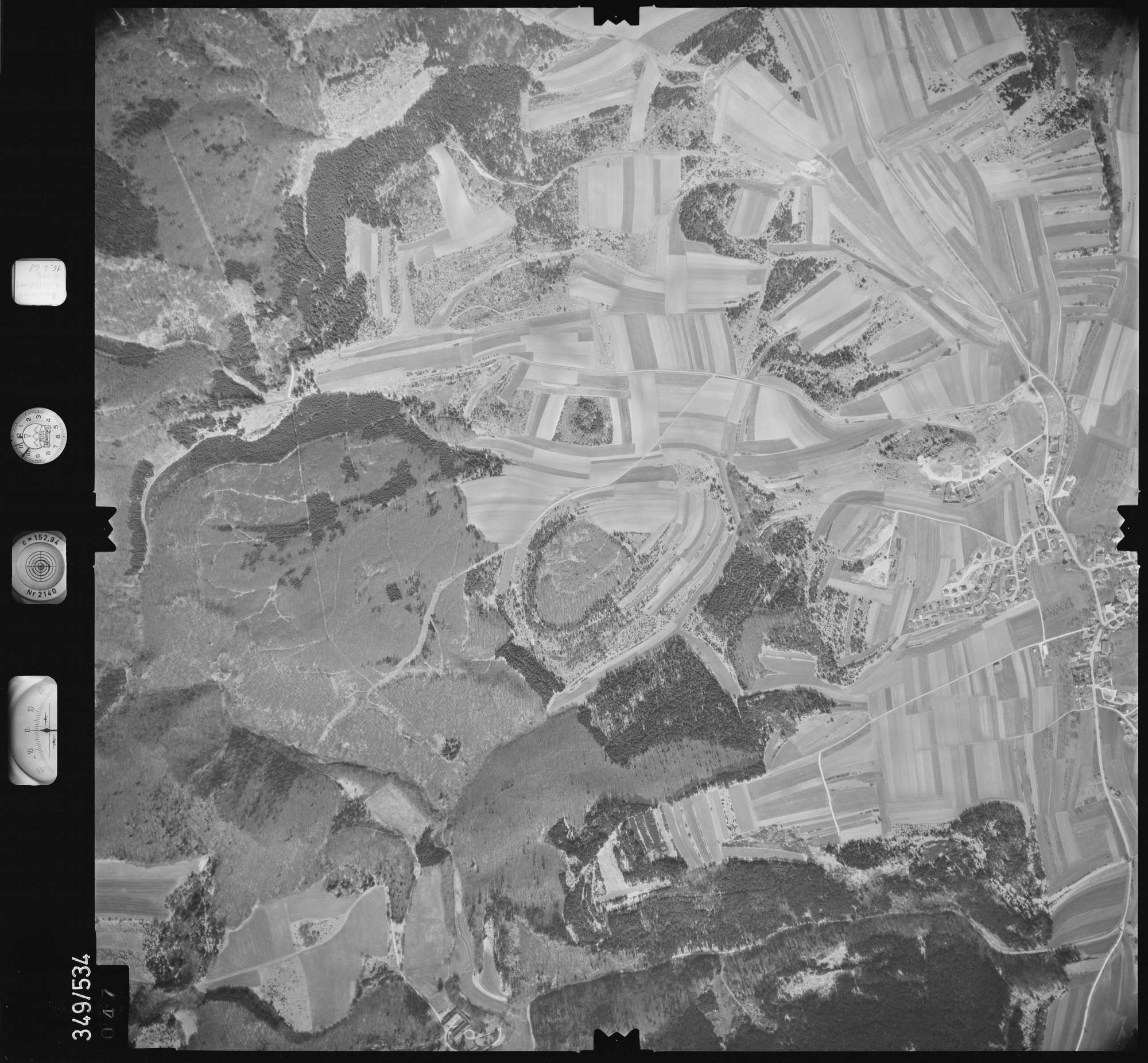 Luftbild: Film 45 Bildnr. 47, Bild 1