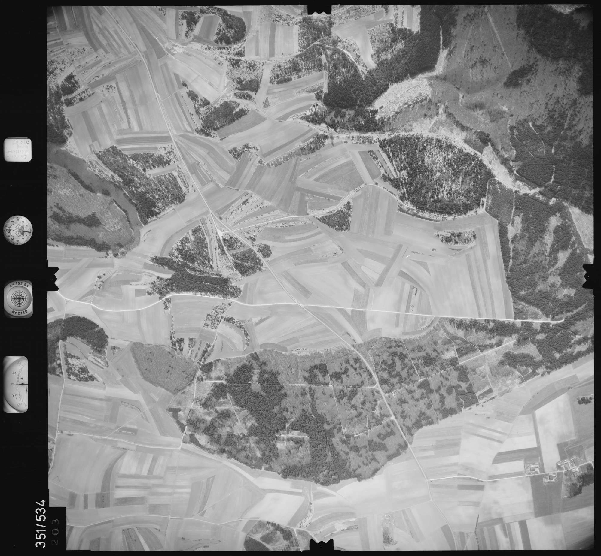 Luftbild: Film 105 Bildnr. 203, Bild 1