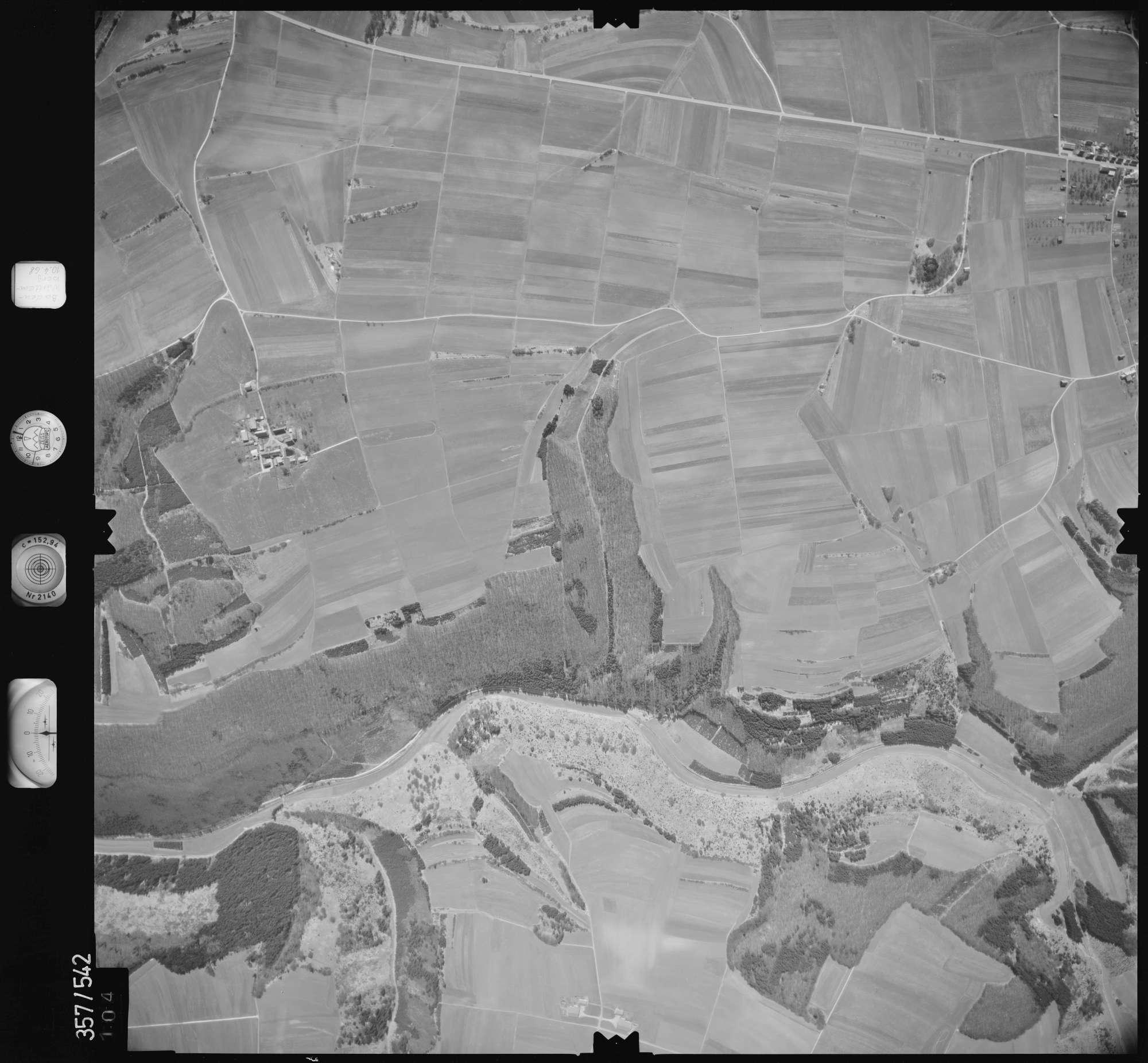 Luftbild: Film 38 Bildnr. 104, Bild 1