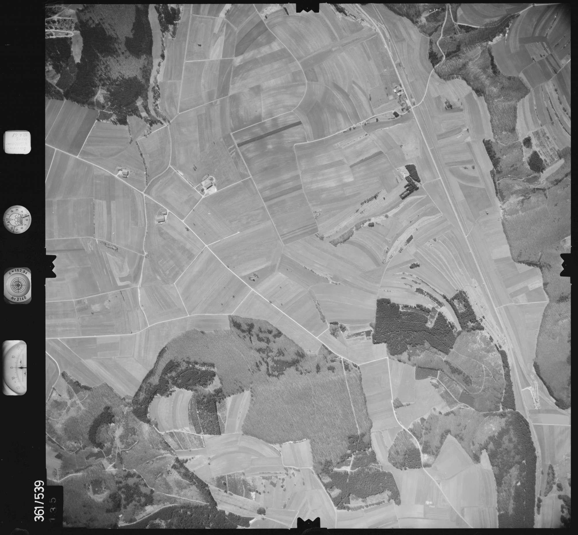 Luftbild: Film 40 Bildnr. 135, Bild 1