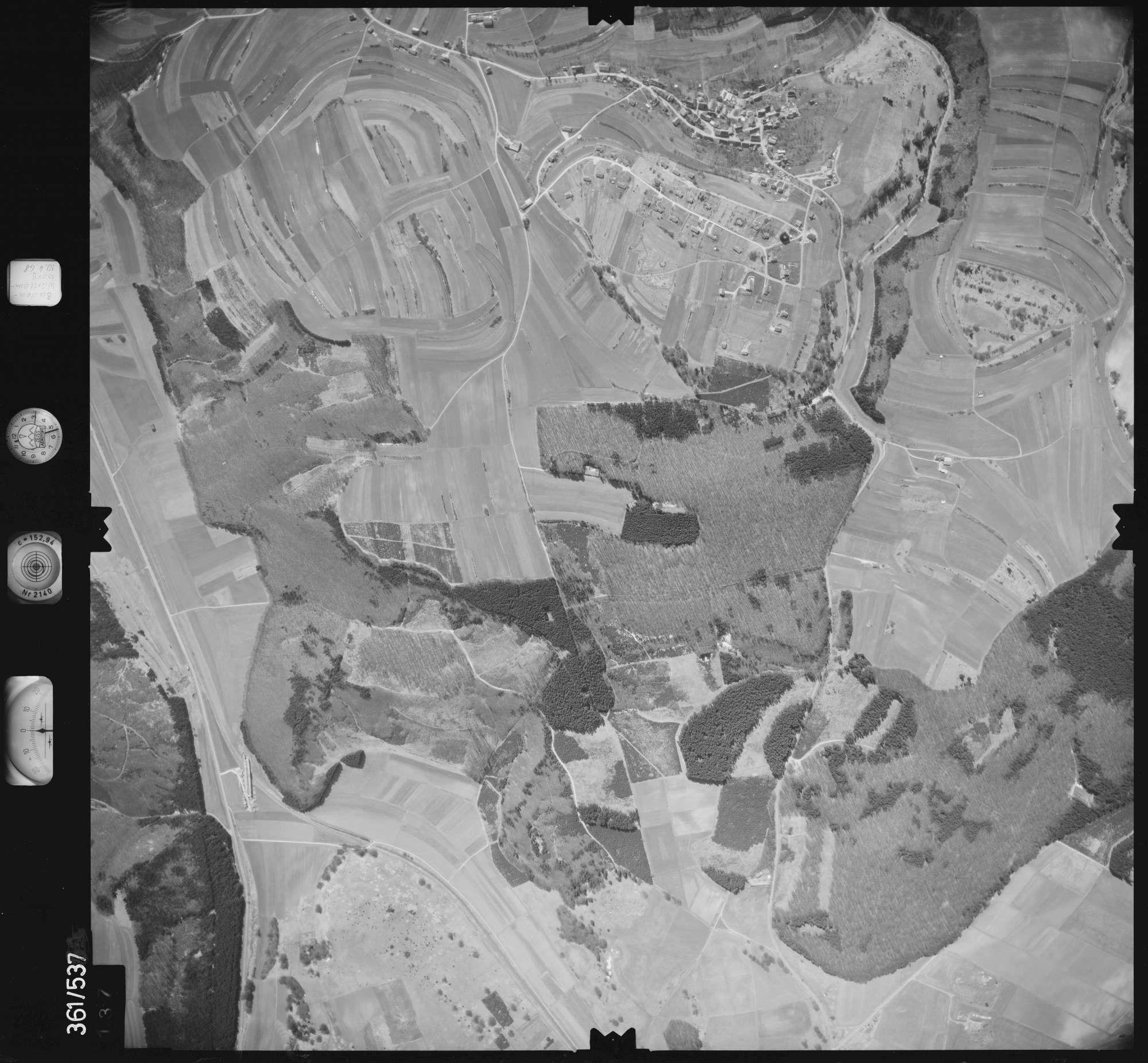 Luftbild: Film 40 Bildnr. 137, Bild 1