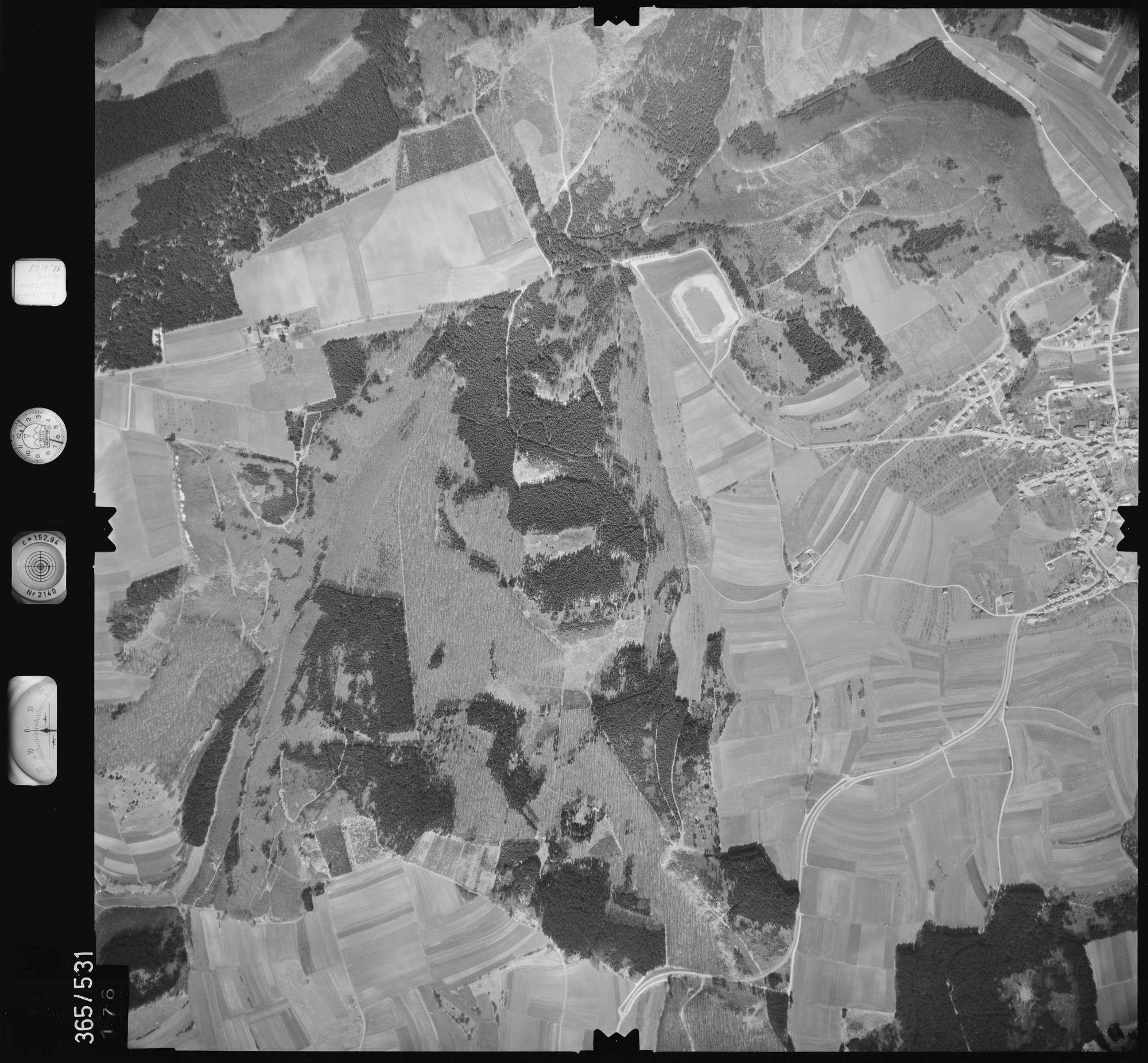 Luftbild: Film 45 Bildnr. 176, Bild 1