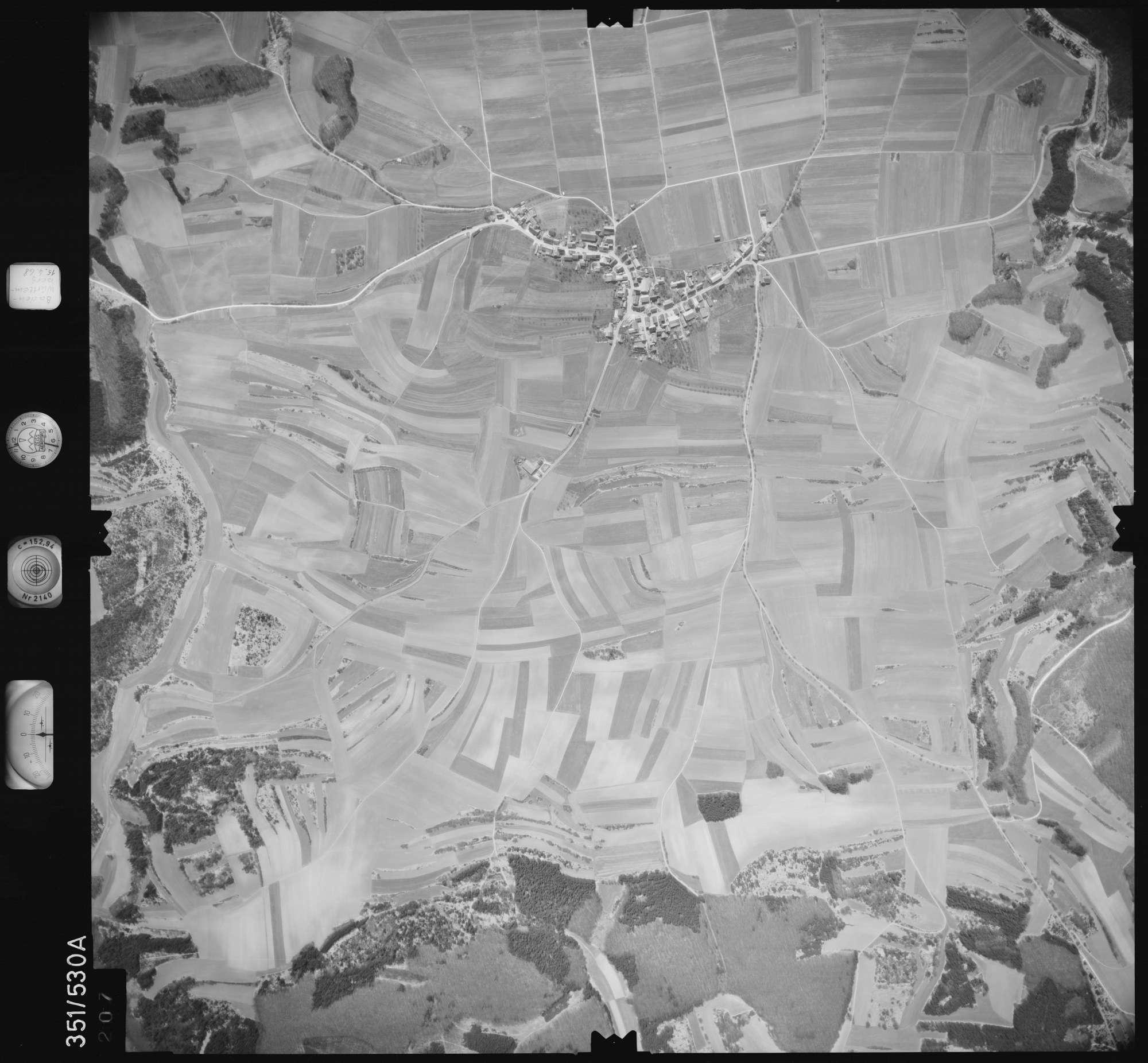Luftbild: Film 105 Bildnr. 207, Bild 1