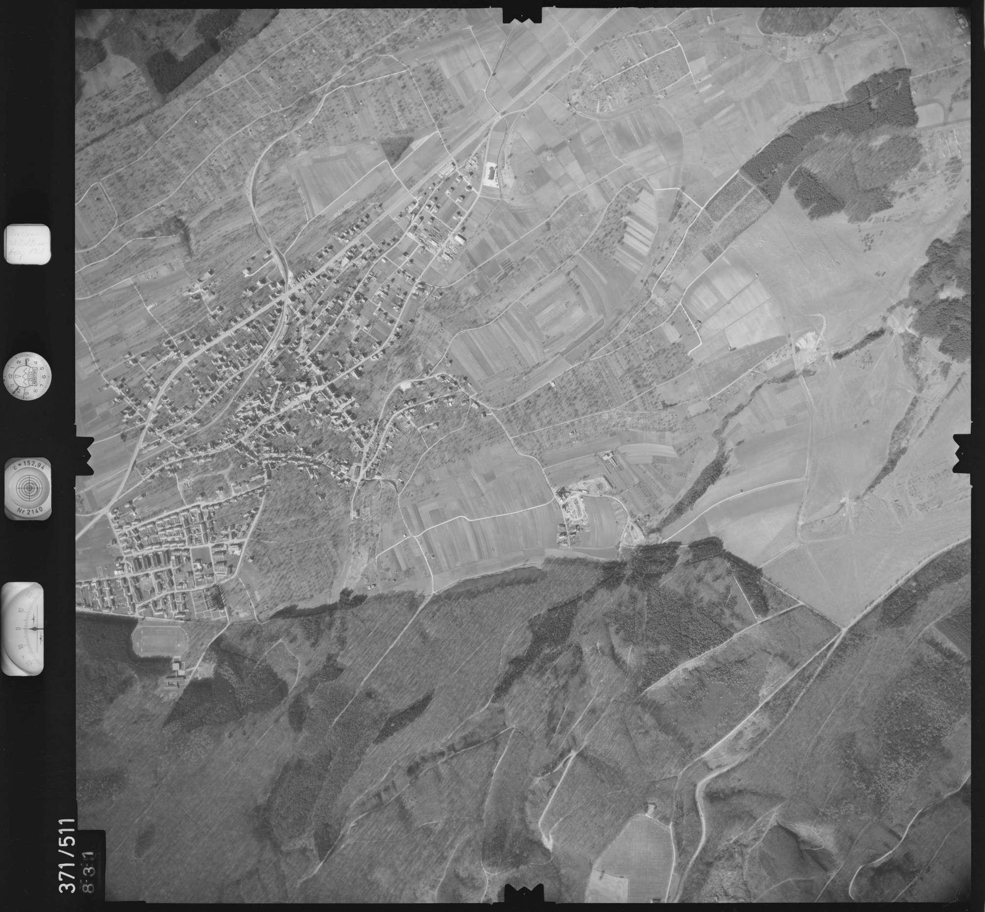 Luftbild: Film 33 Bildnr. 831, Bild 1