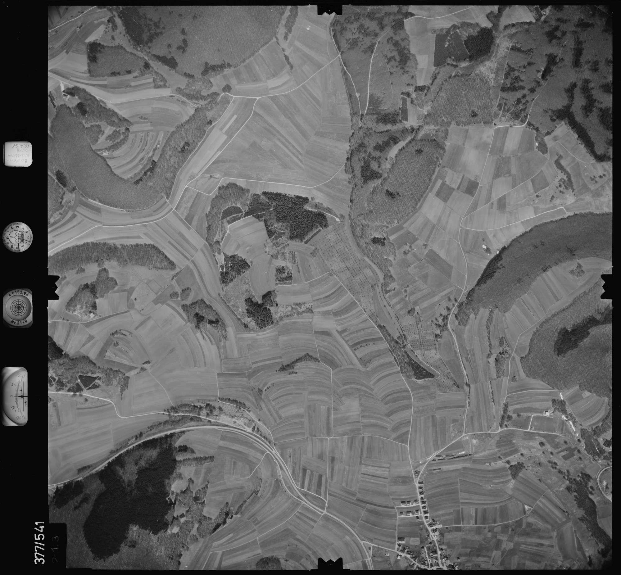 Luftbild: Film 32 Bildnr. 213, Bild 1