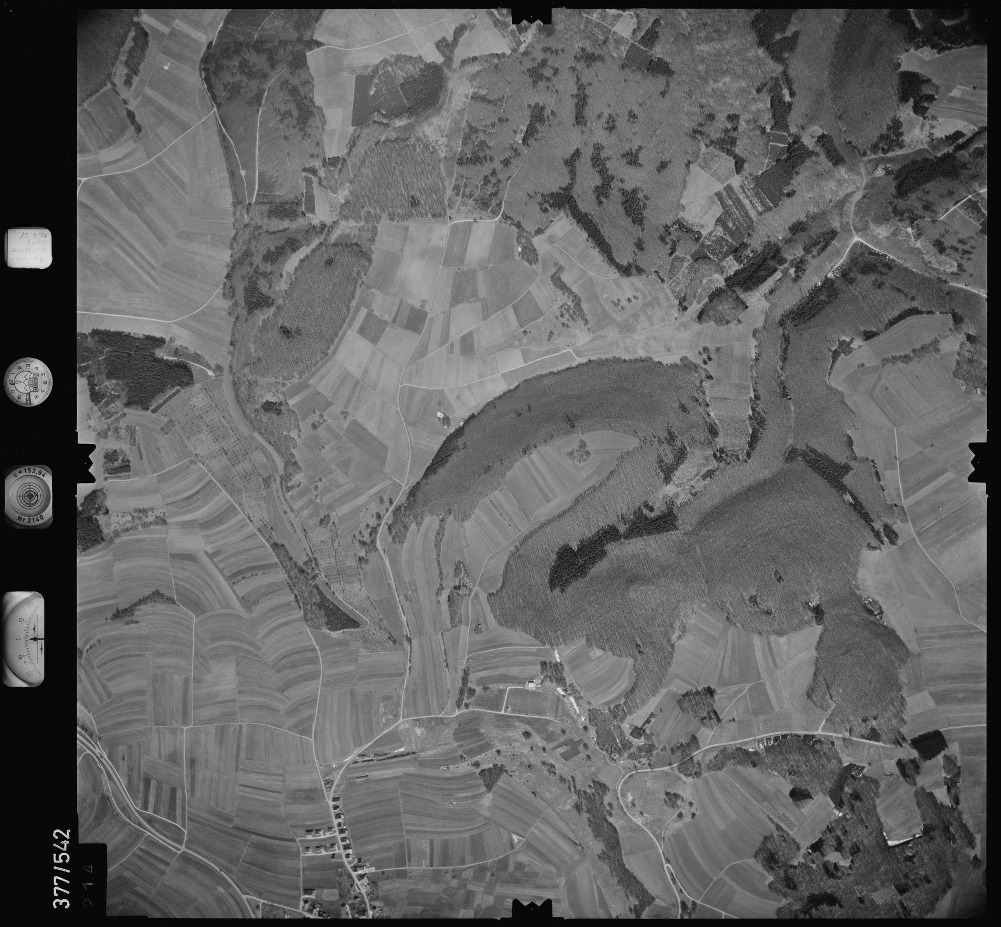 Luftbild: Film 32 Bildnr. 214, Bild 1