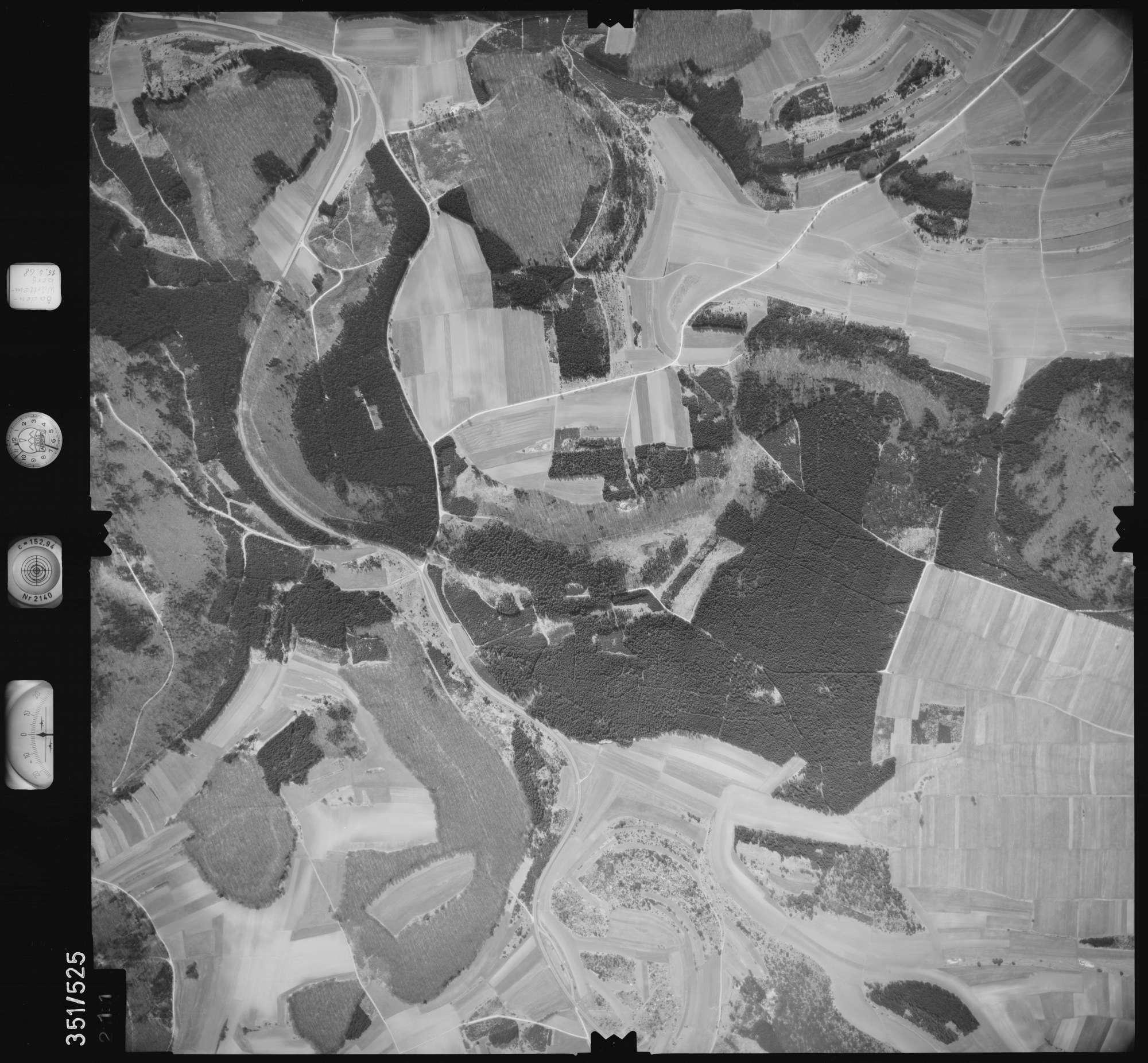 Luftbild: Film 105 Bildnr. 211, Bild 1