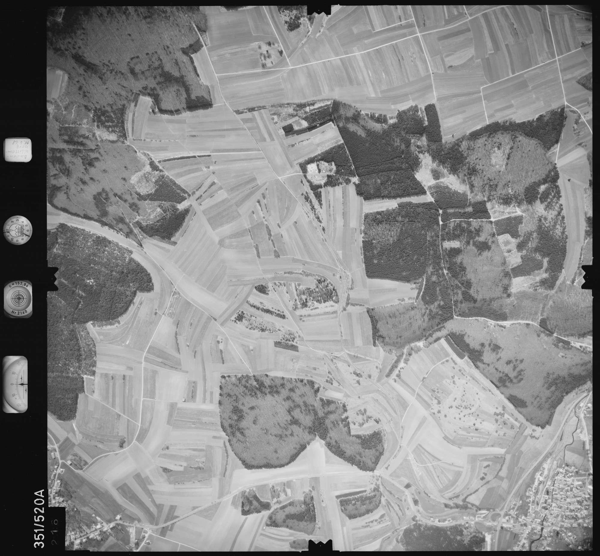 Luftbild: Film 105 Bildnr. 216, Bild 1