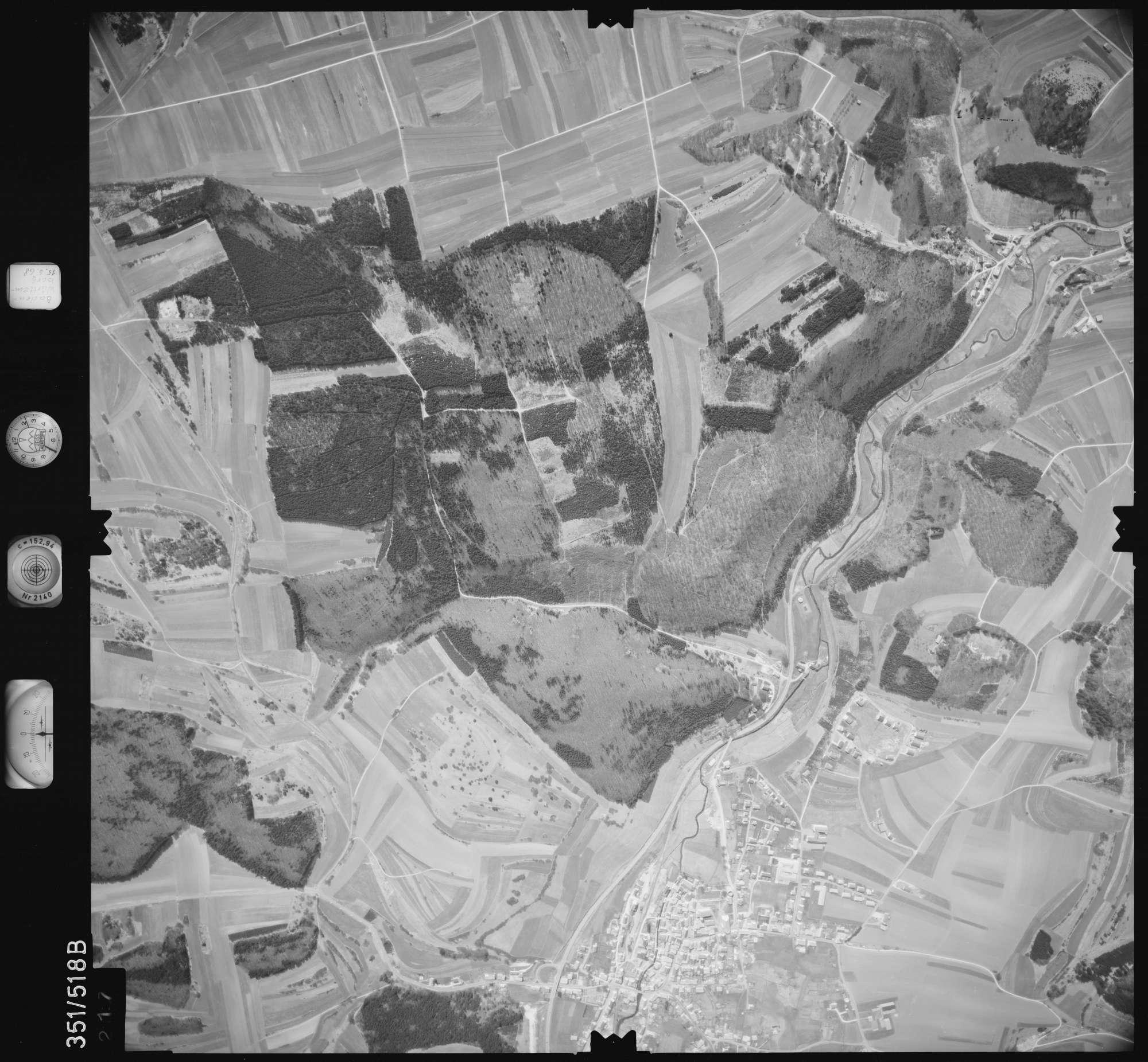 Luftbild: Film 105 Bildnr. 217, Bild 1