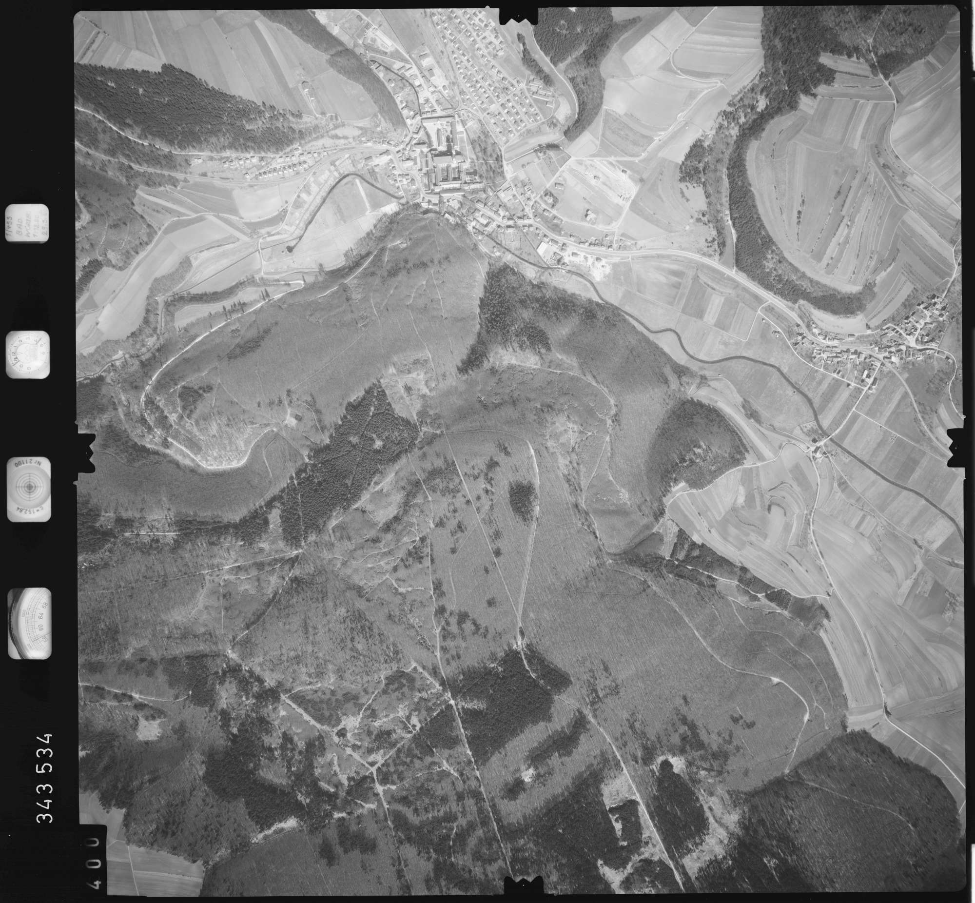 Luftbild: Film 46 Bildnr. 400, Bild 1