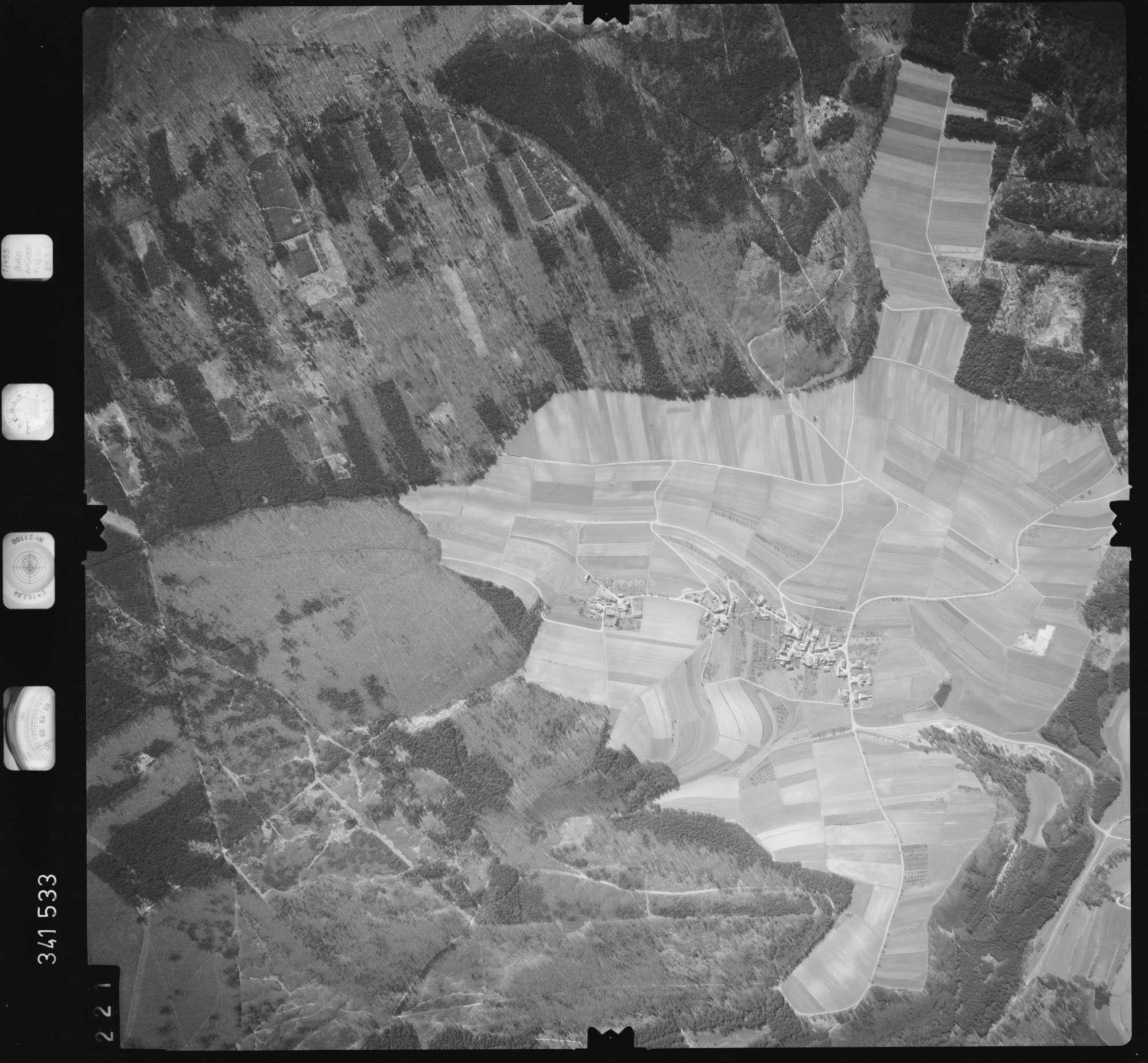 Luftbild: Film 50 Bildnr. 221, Bild 1