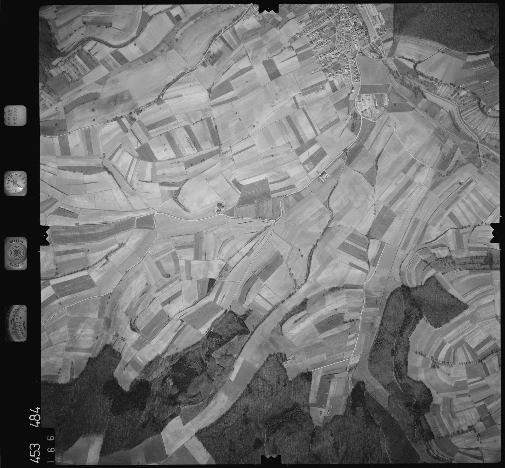 Luftbild: Film 16 Bildnr. 166, Bild 1