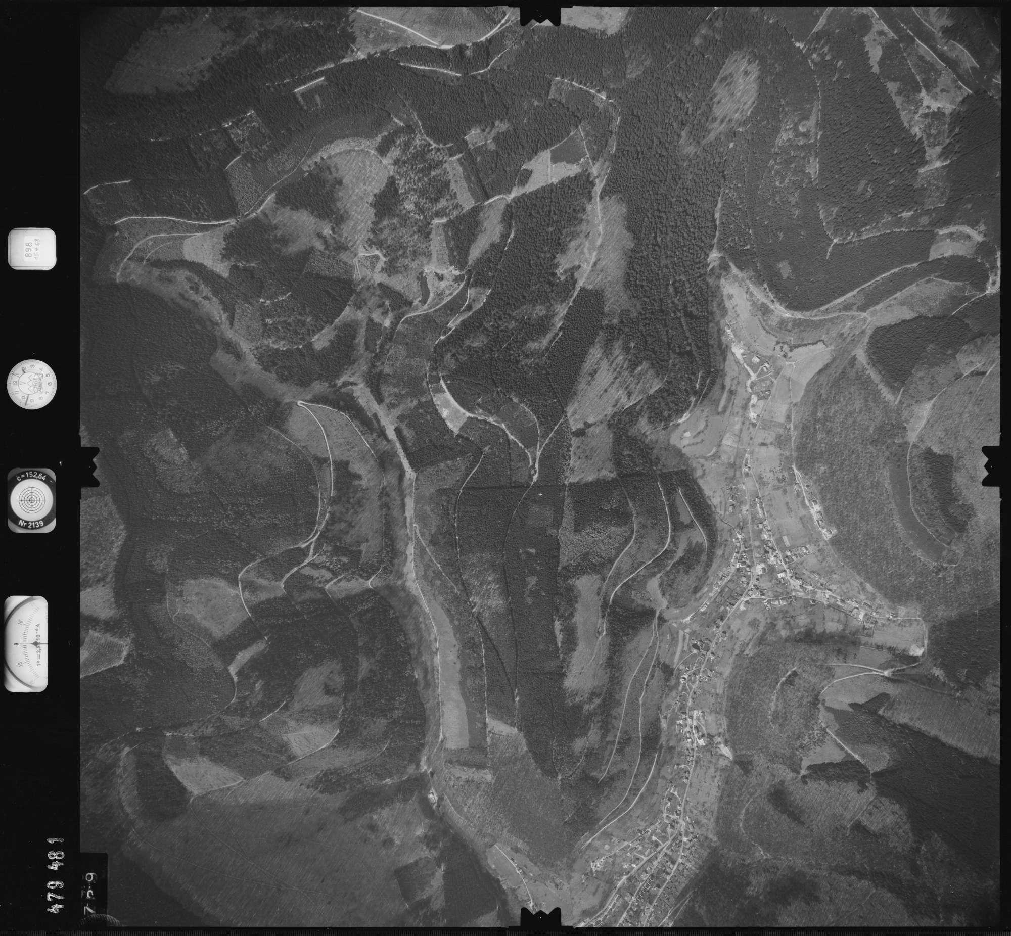 Luftbild: Film 898 Bildnr. 739, Bild 1