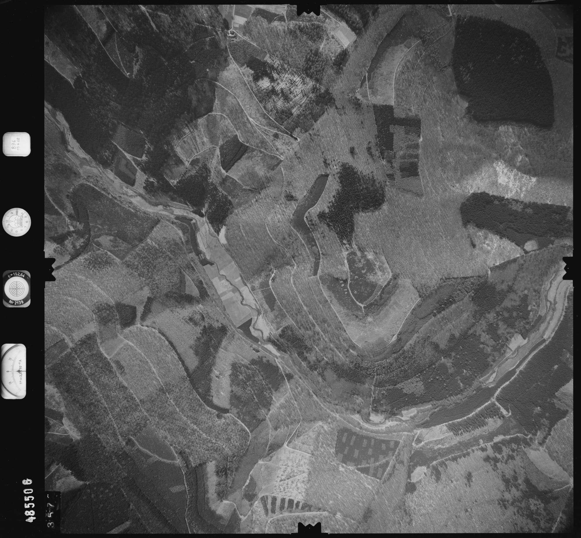 Luftbild: Film 896 Bildnr. 357, Bild 1