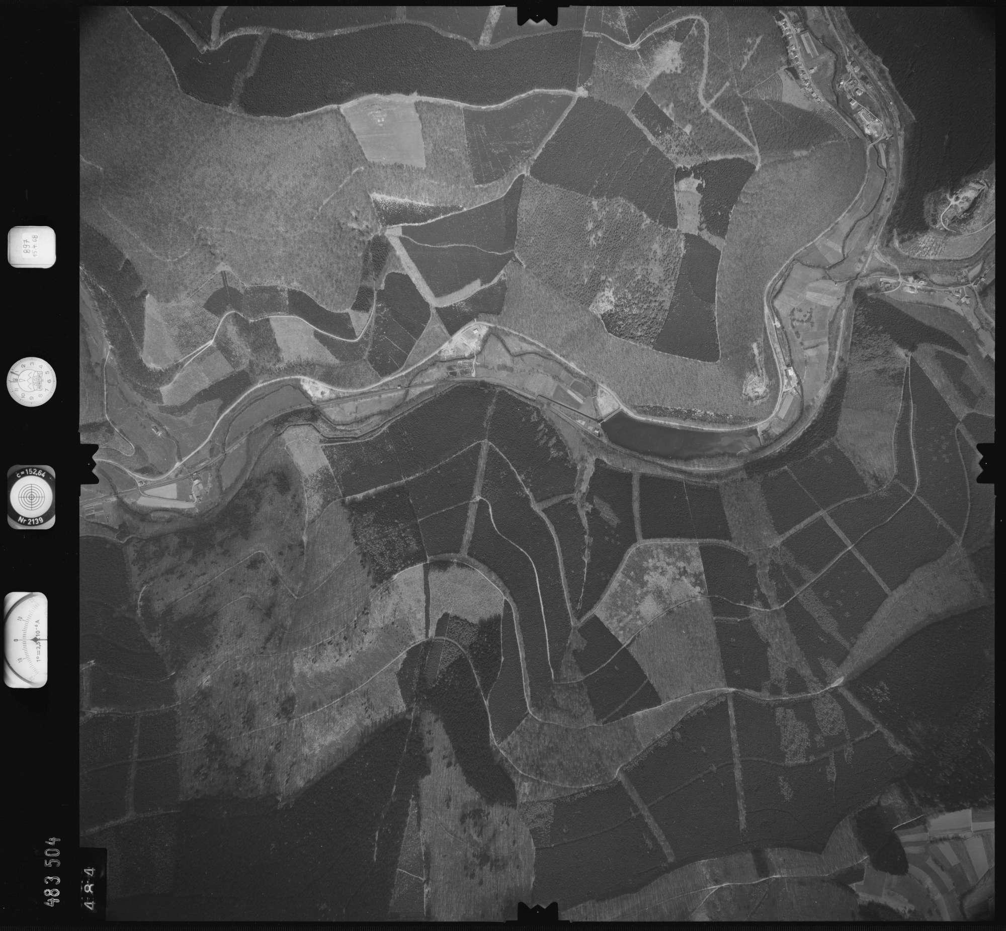 Luftbild: Film 897 Bildnr. 484, Bild 1