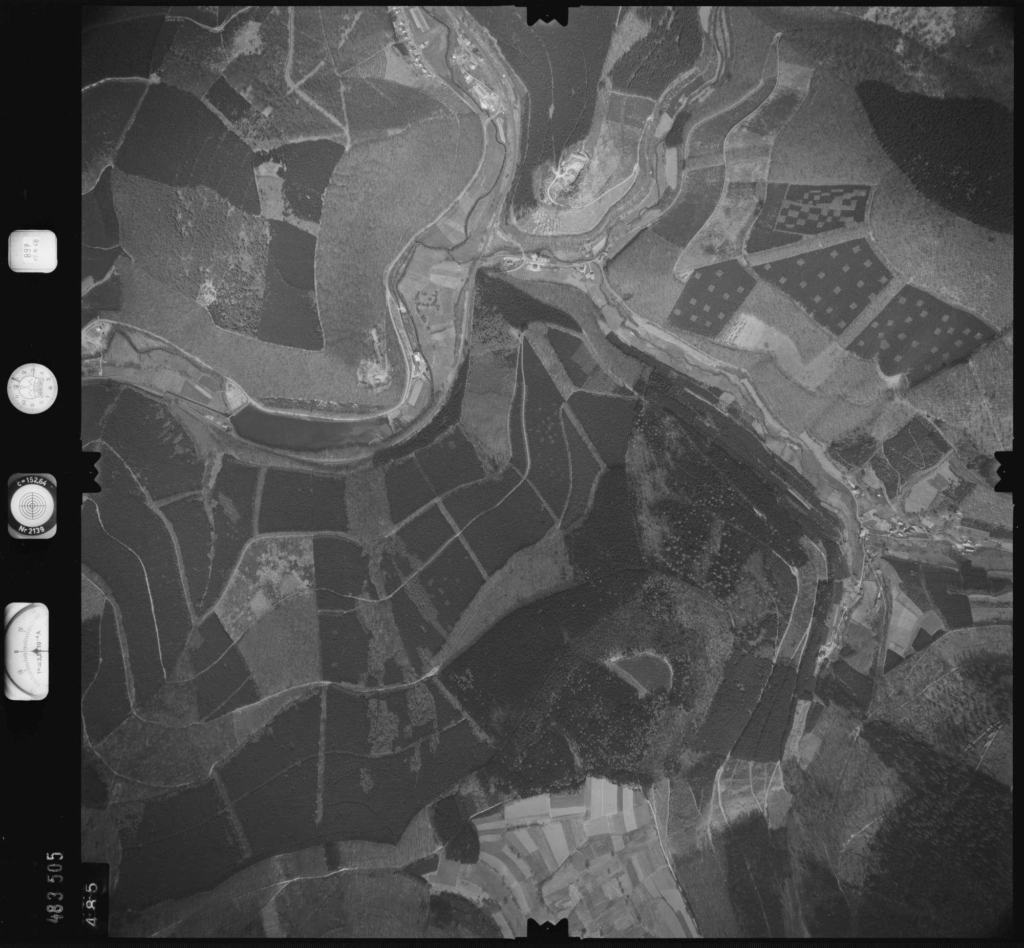 Luftbild: Film 897 Bildnr. 485, Bild 1