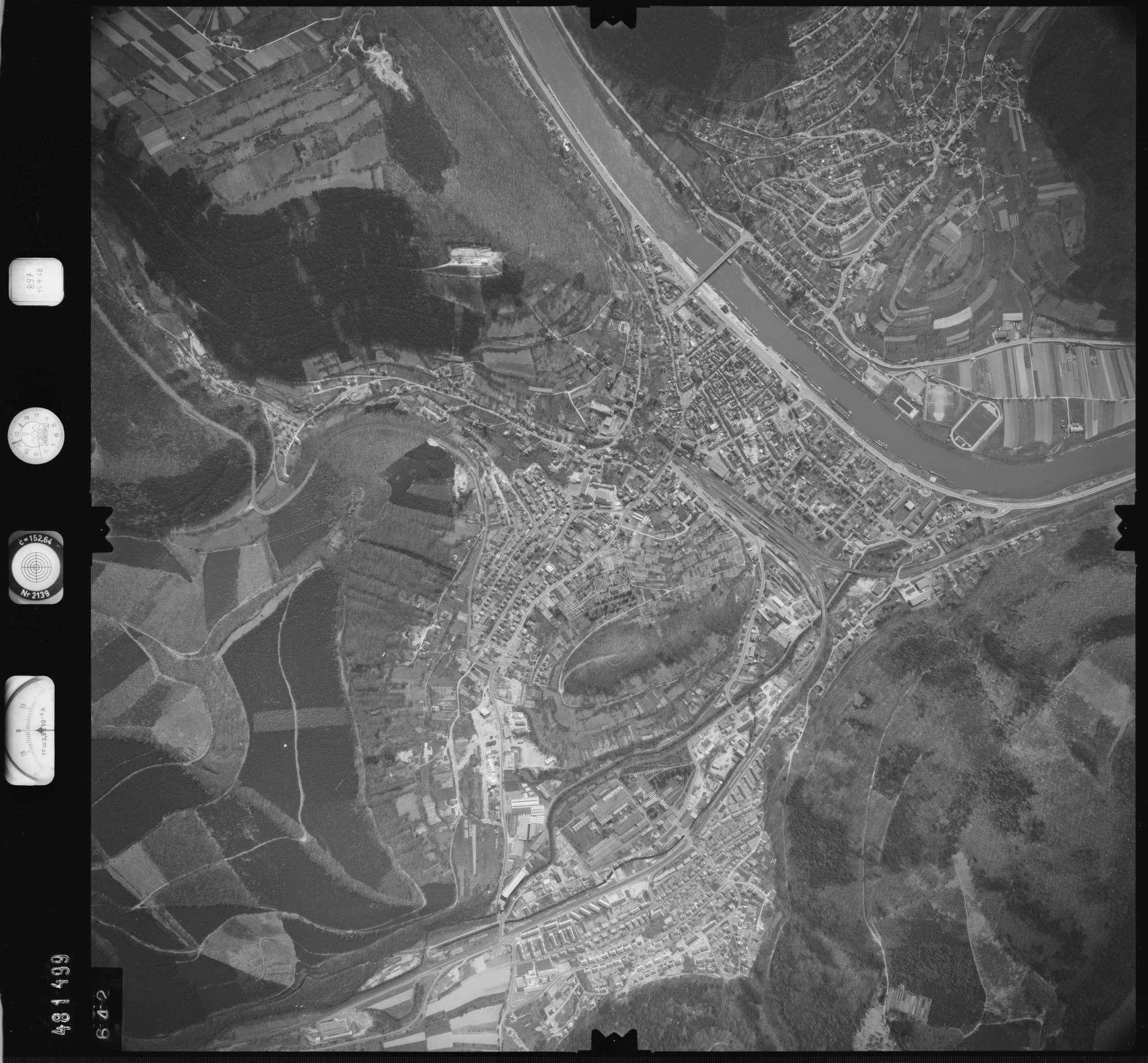 Luftbild: Film 897 Bildnr. 642, Bild 1