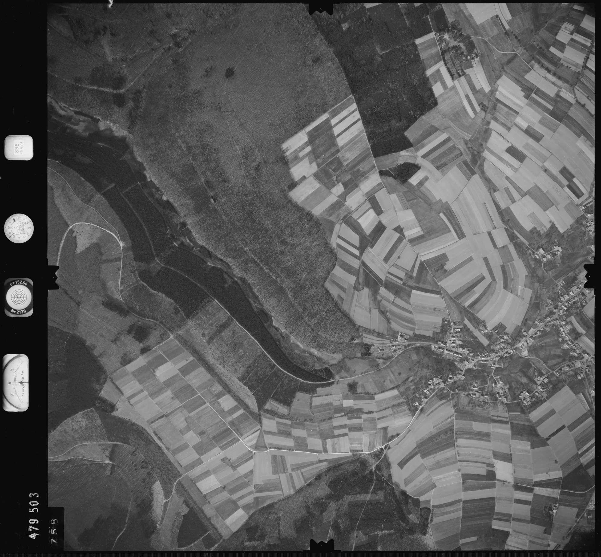Luftbild: Film 898 Bildnr. 758, Bild 1