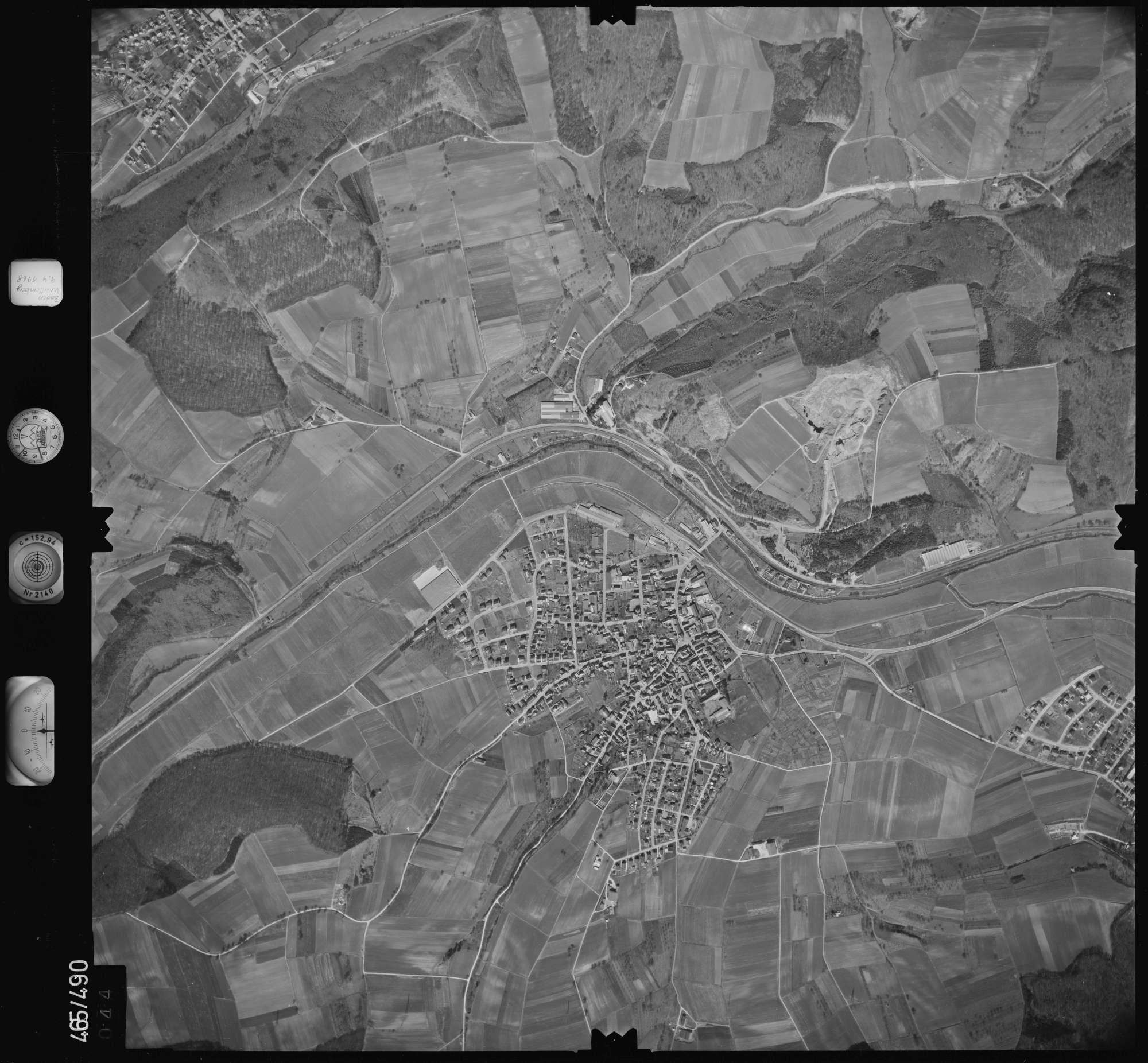 Luftbild: Film 102 Bildnr. 44, Bild 1