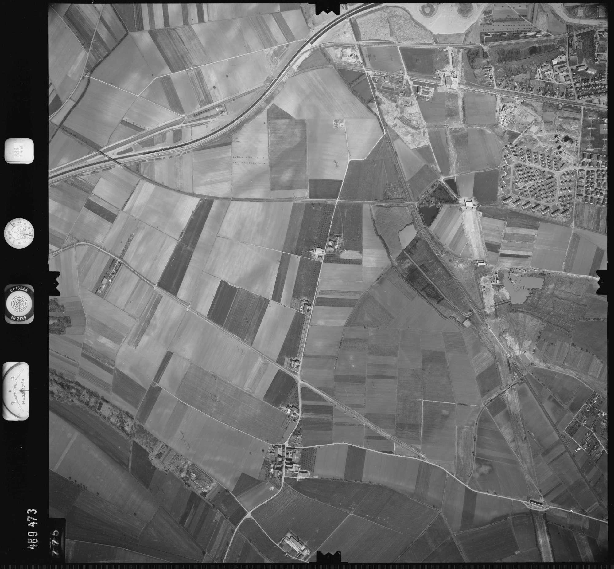 Luftbild: Film 888 Bildnr. 775, Bild 1