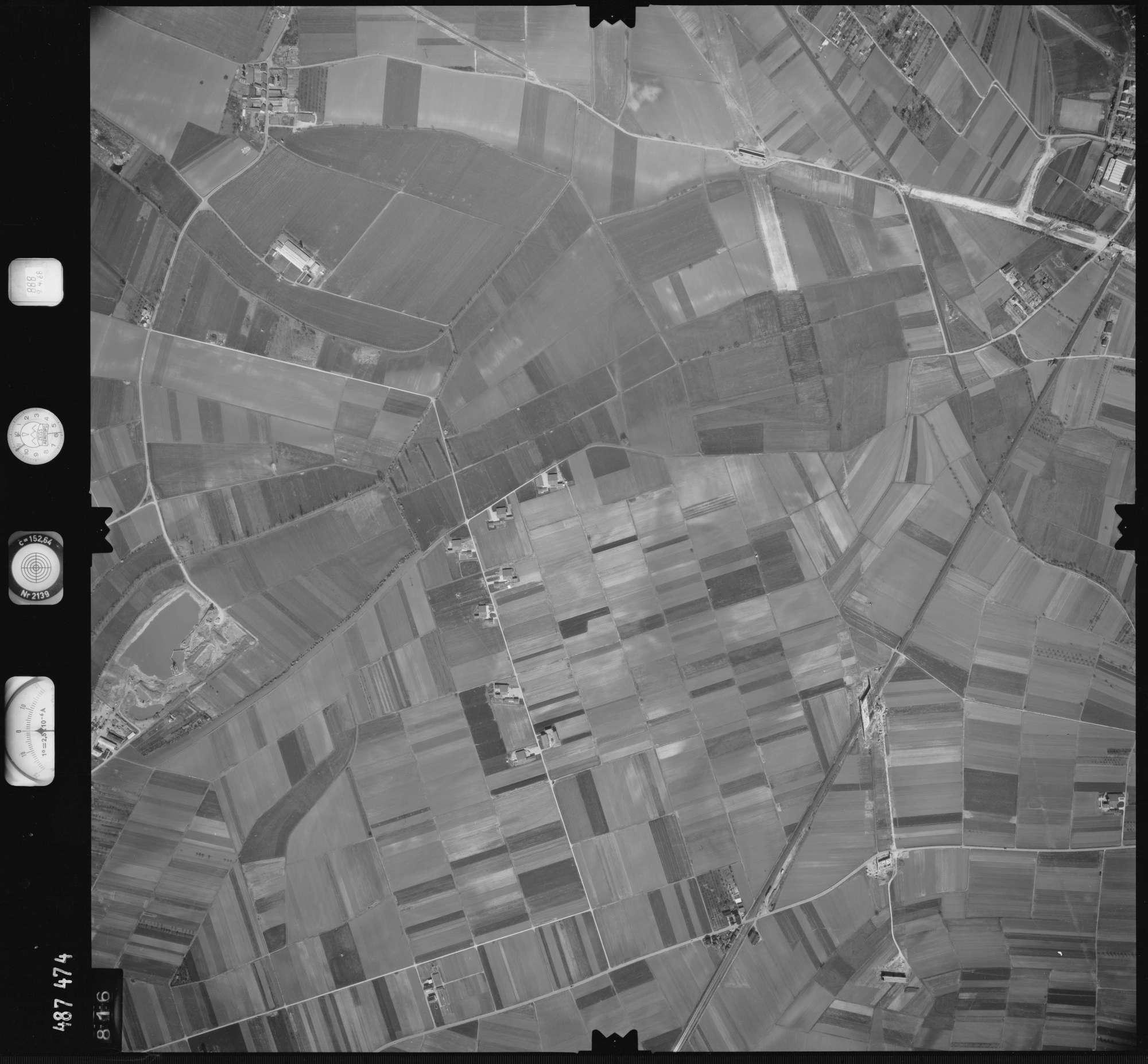 Luftbild: Film 888 Bildnr. 816, Bild 1