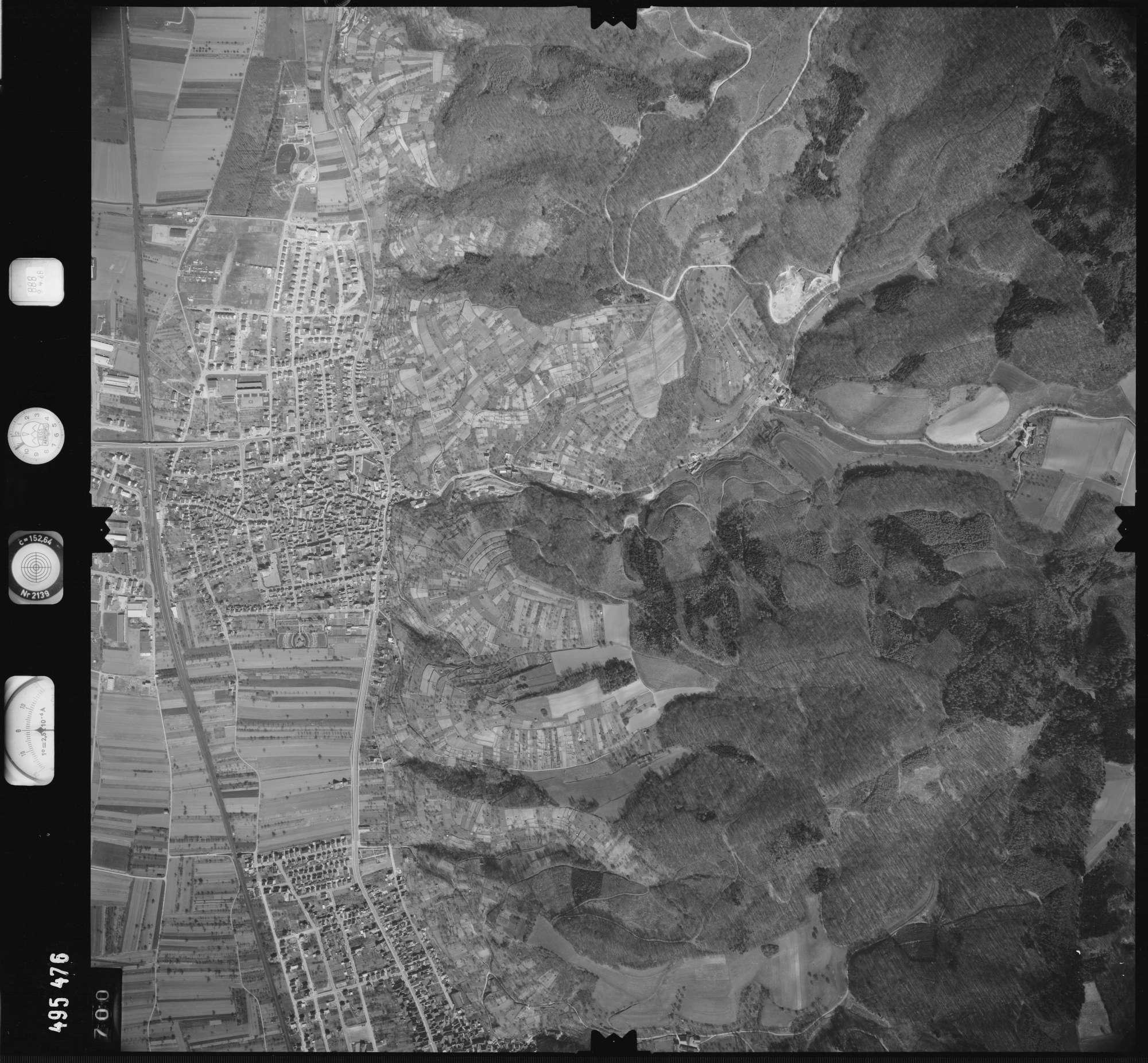 Luftbild: Film 888 Bildnr. 700, Bild 1