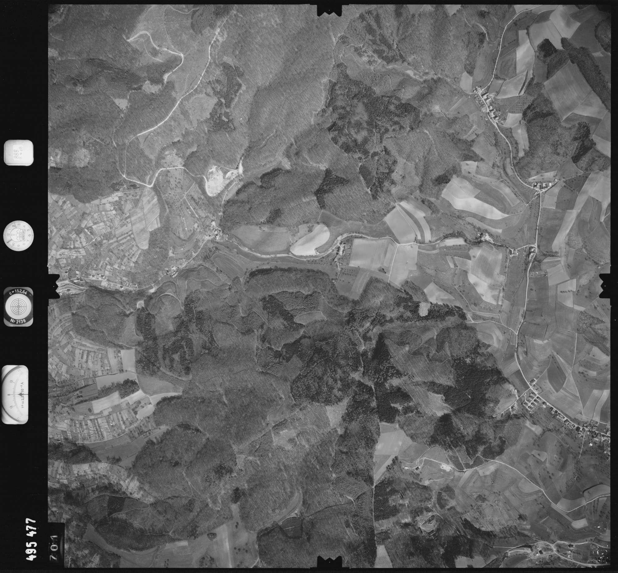Luftbild: Film 888 Bildnr. 701, Bild 1