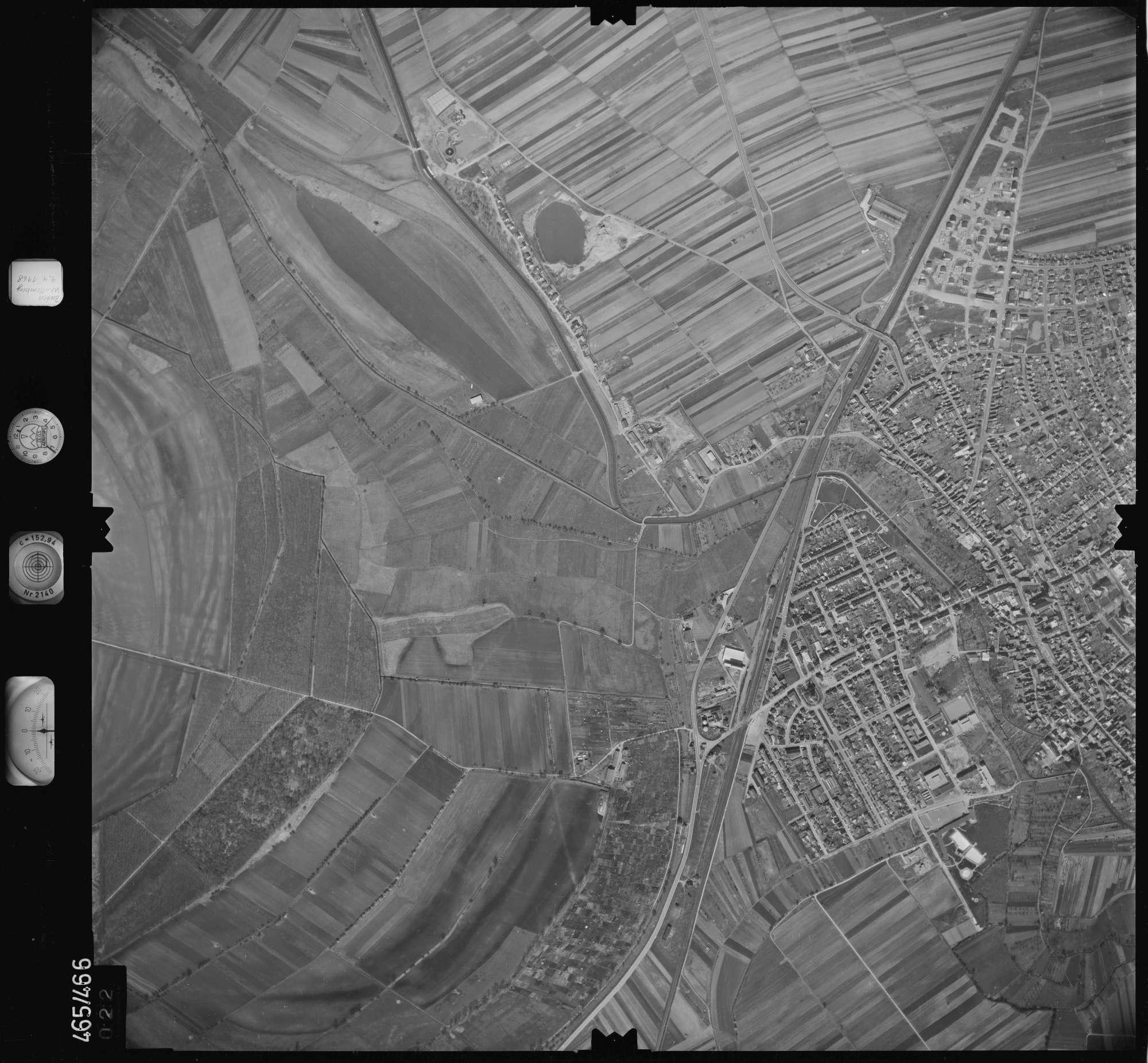 Luftbild: Film 102 Bildnr. 22, Bild 1