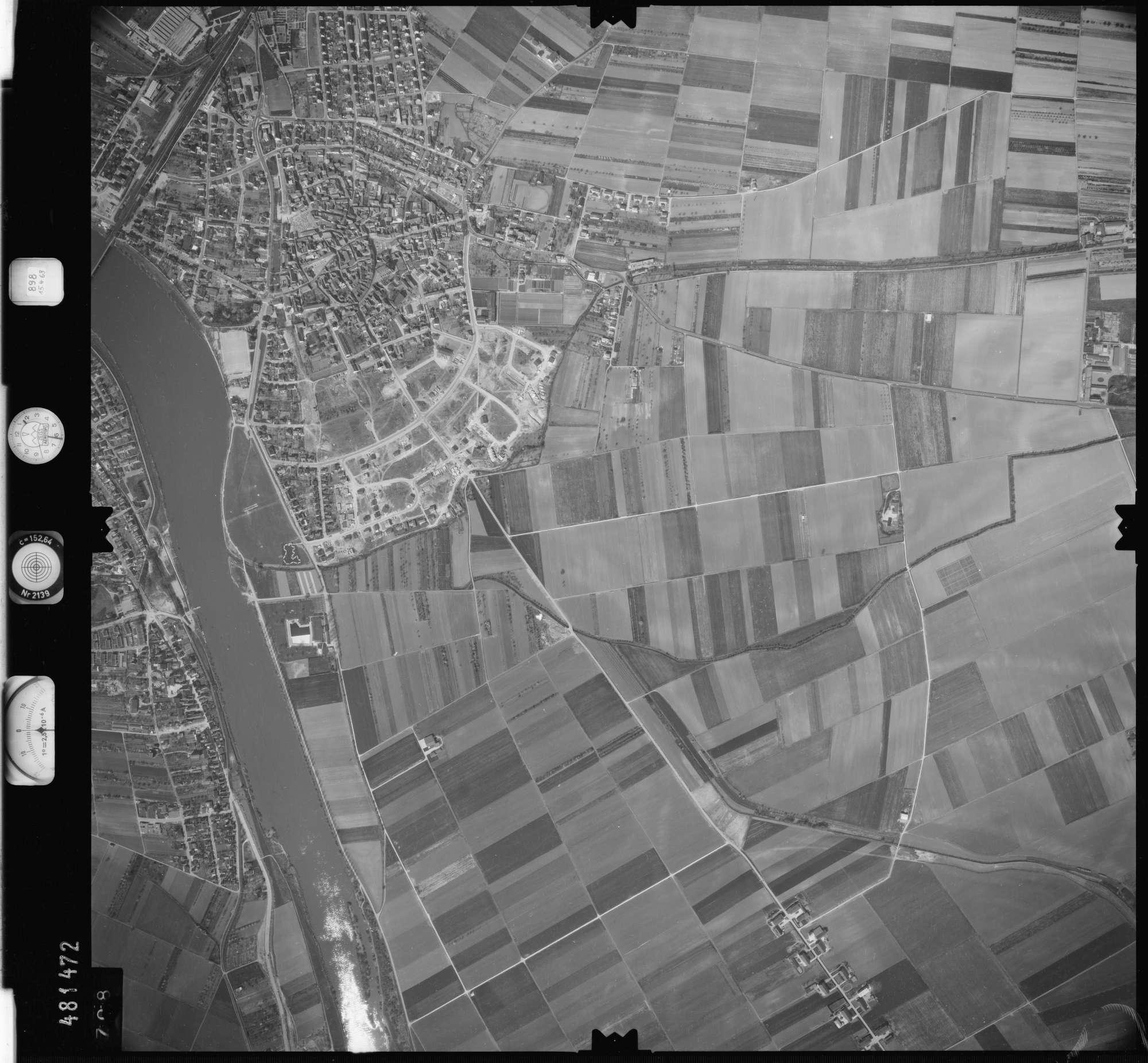 Luftbild: Film 898 Bildnr. 708, Bild 1