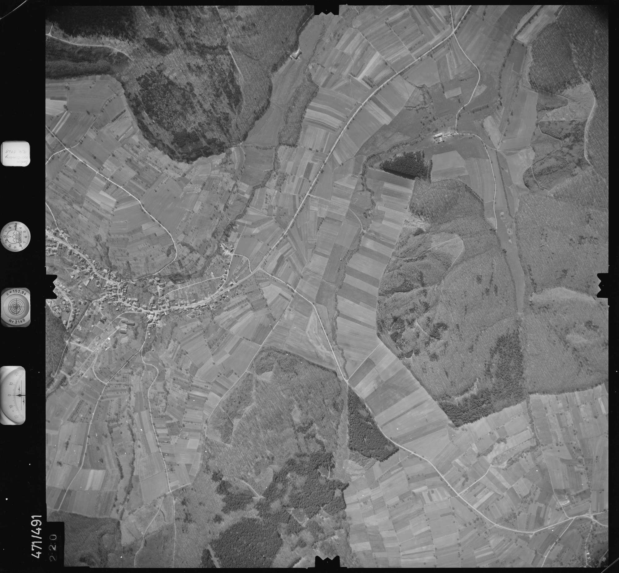 Luftbild: Film 100 Bildnr. 220, Bild 1